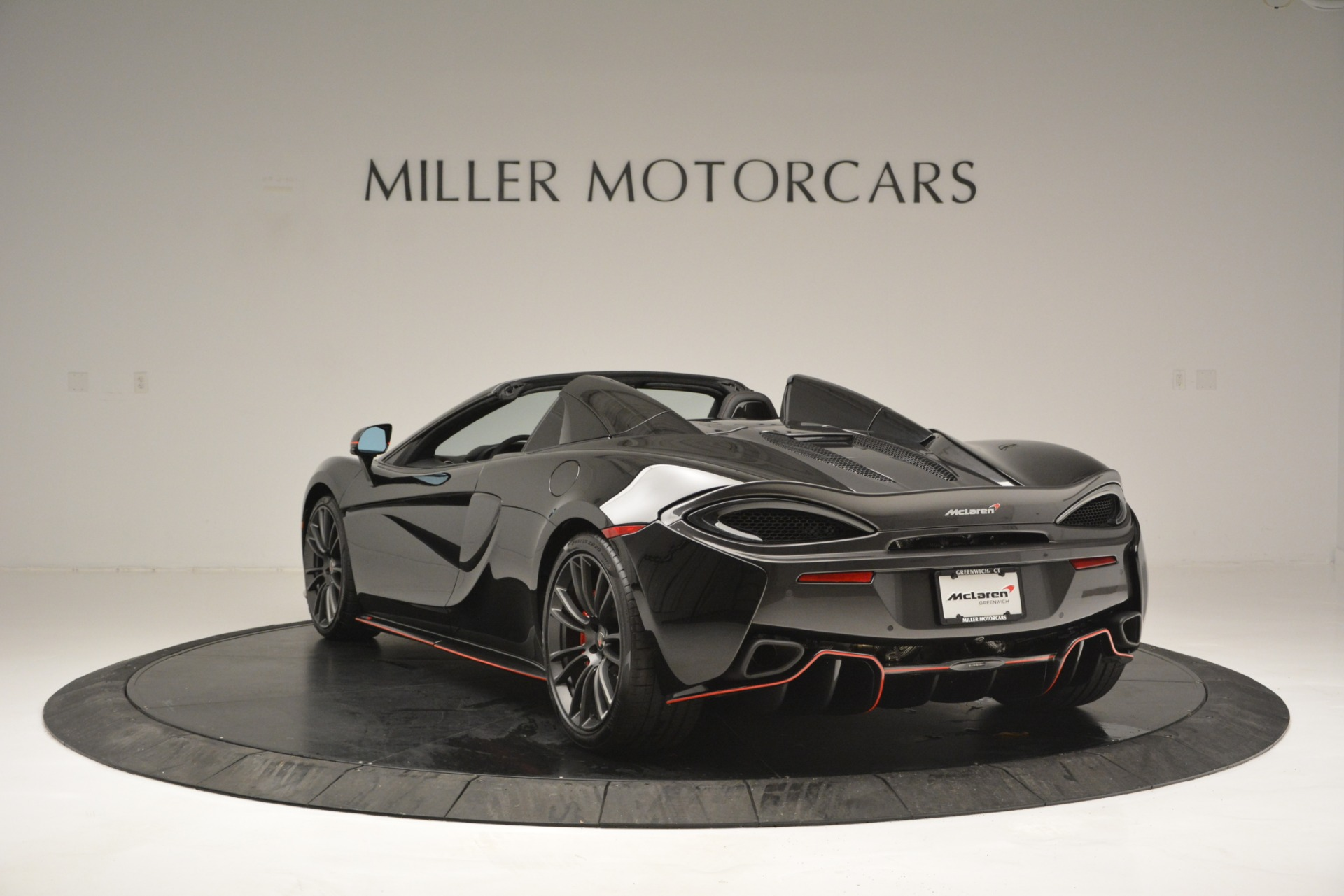 Used 2018 McLaren 570S Spider For Sale In Greenwich, CT 2420_p5