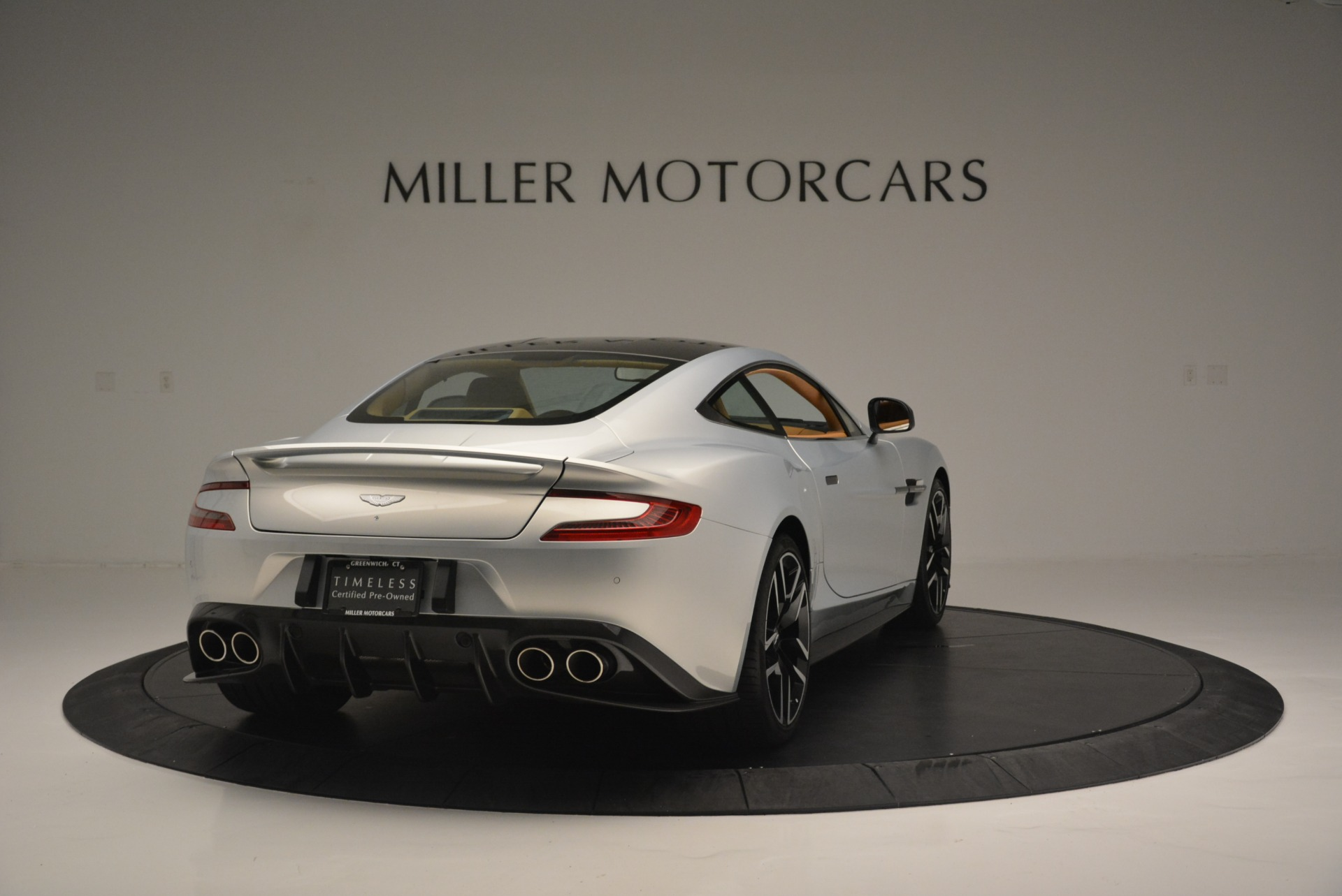 Used 2018 Aston Martin Vanquish S Coupe For Sale In Greenwich, CT 2421_p7
