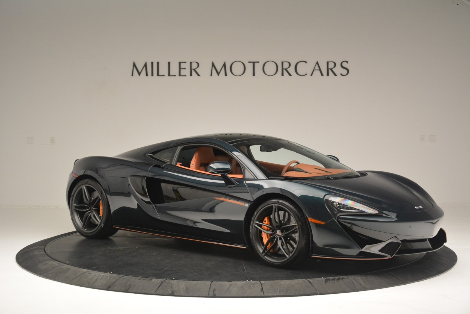 Used 2018 McLaren 570GT Coupe For Sale In Greenwich, CT 2425_p10
