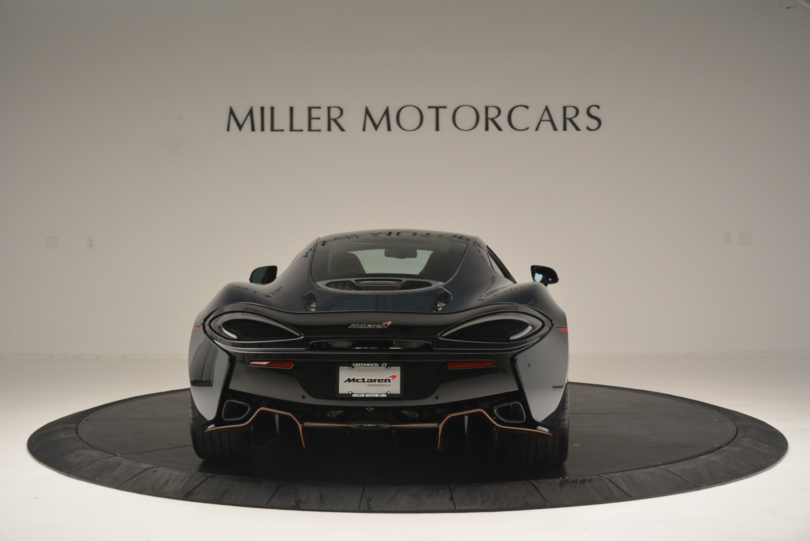 Used 2018 McLaren 570GT Coupe For Sale In Greenwich, CT 2425_p6