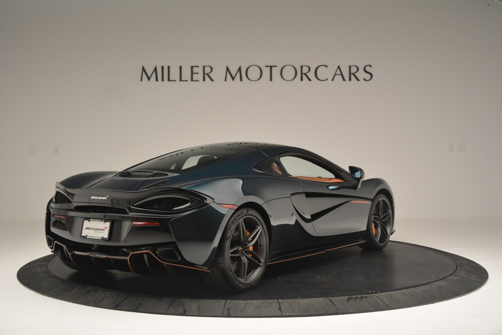 Used 2018 McLaren 570GT Coupe For Sale In Greenwich, CT 2425_p7