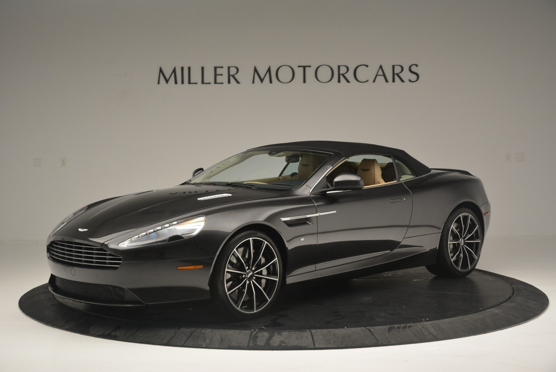 Used 2016 Aston Martin DB9 GT Volante For Sale In Greenwich, CT 2429_p14