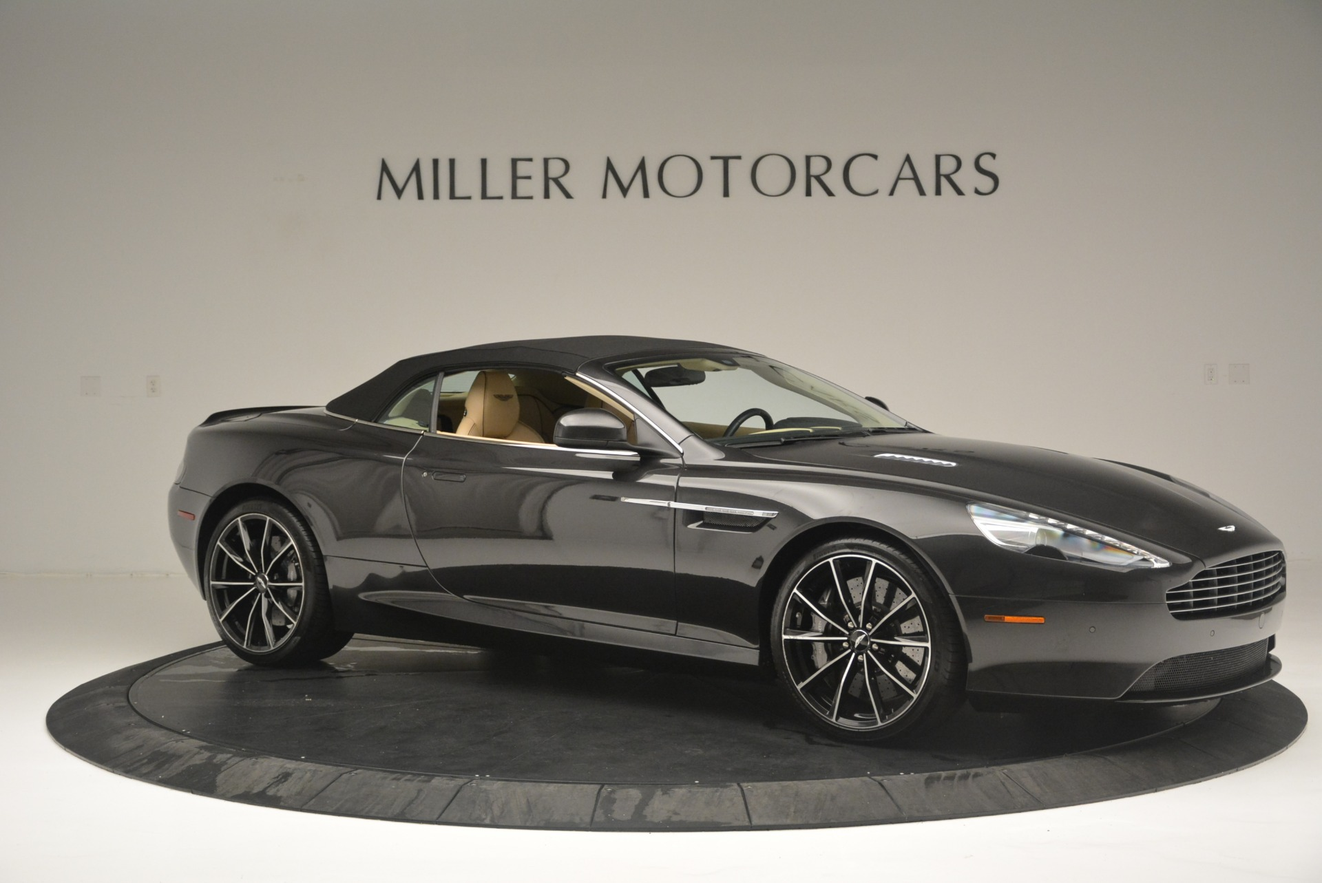 Used 2016 Aston Martin DB9 GT Volante For Sale In Greenwich, CT 2429_p22