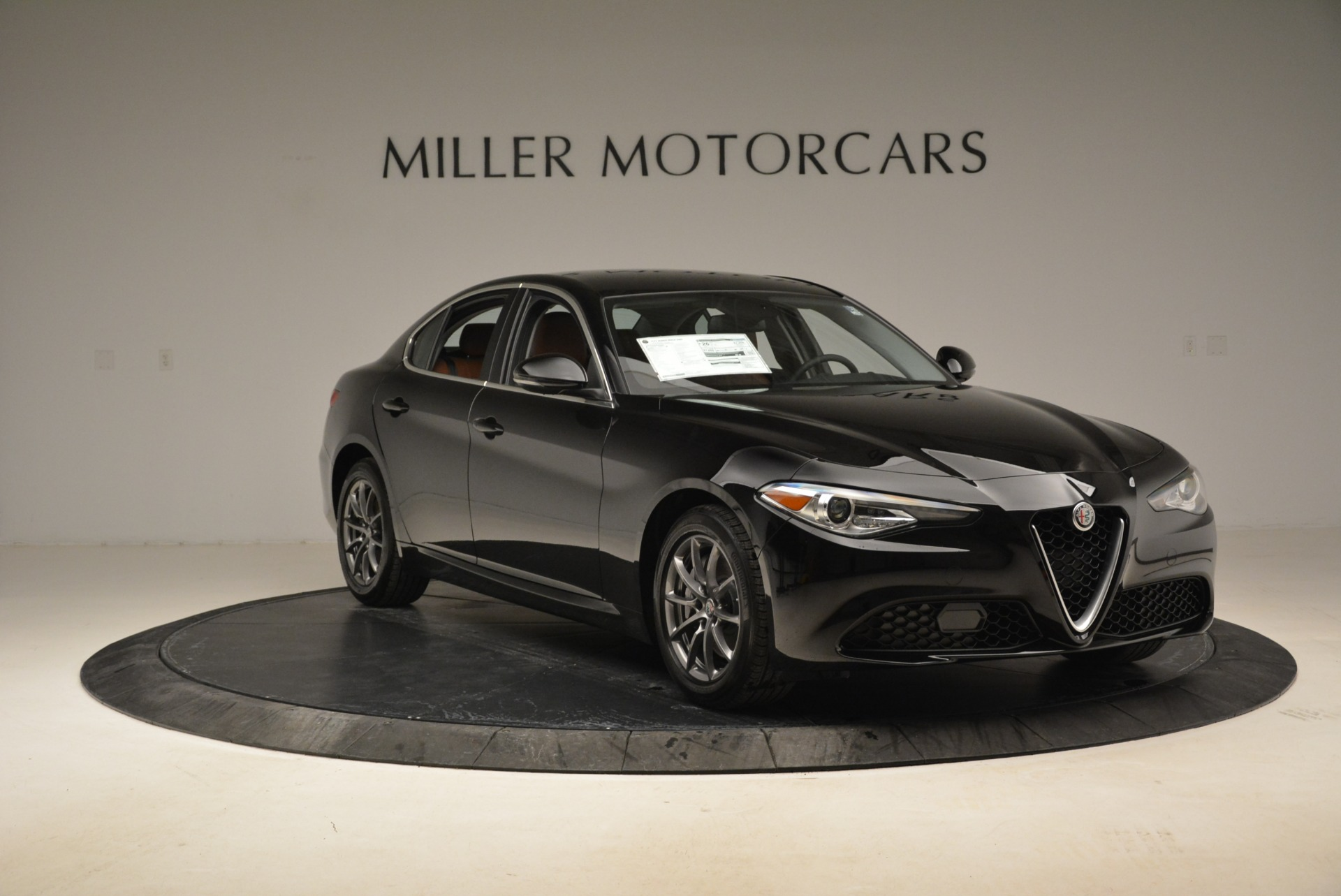 New 2018 Alfa Romeo Giulia Q4 For Sale In Greenwich, CT 2438_p14