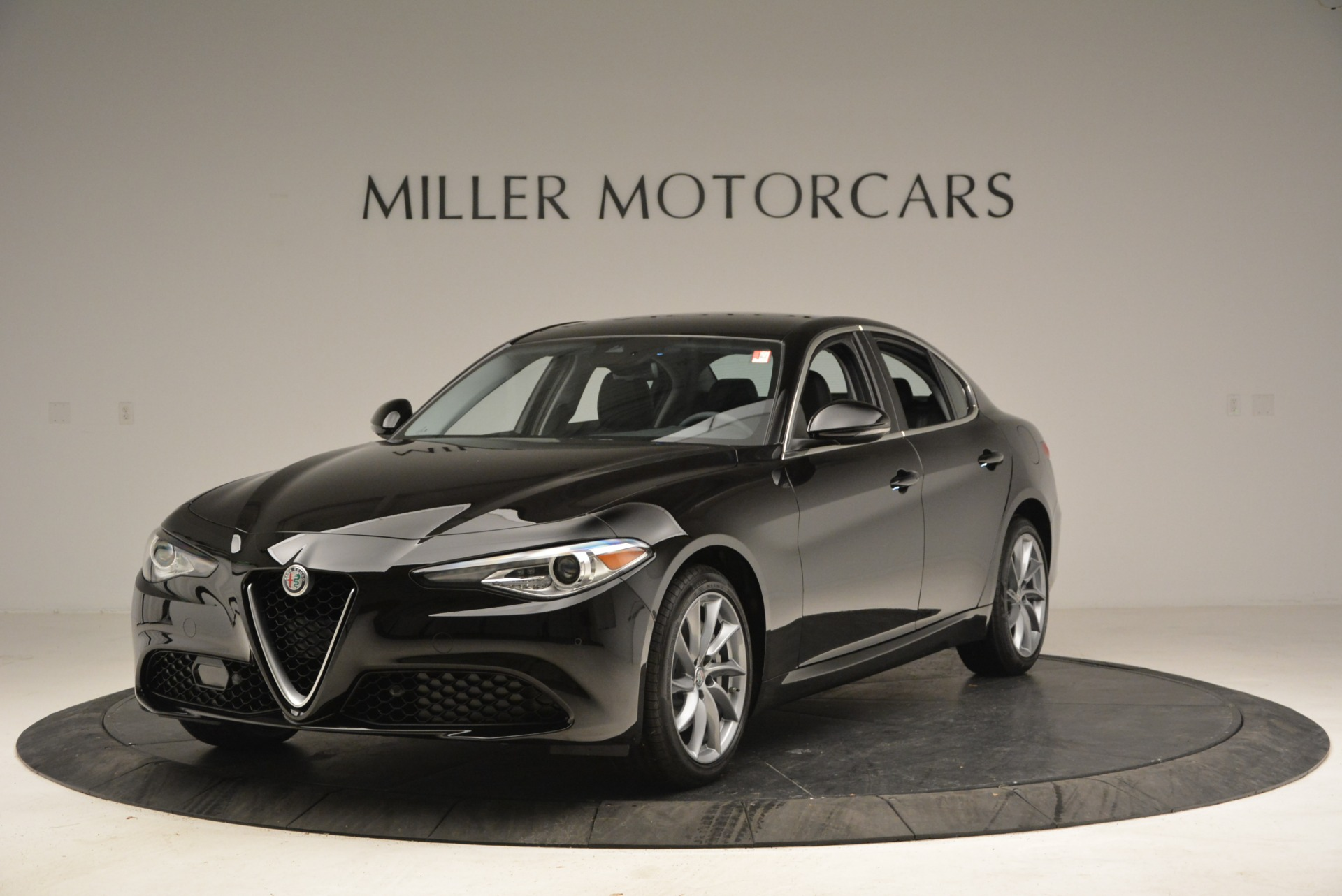 New 2018 Alfa Romeo Giulia Q4 For Sale In Greenwich, CT 2438_p2