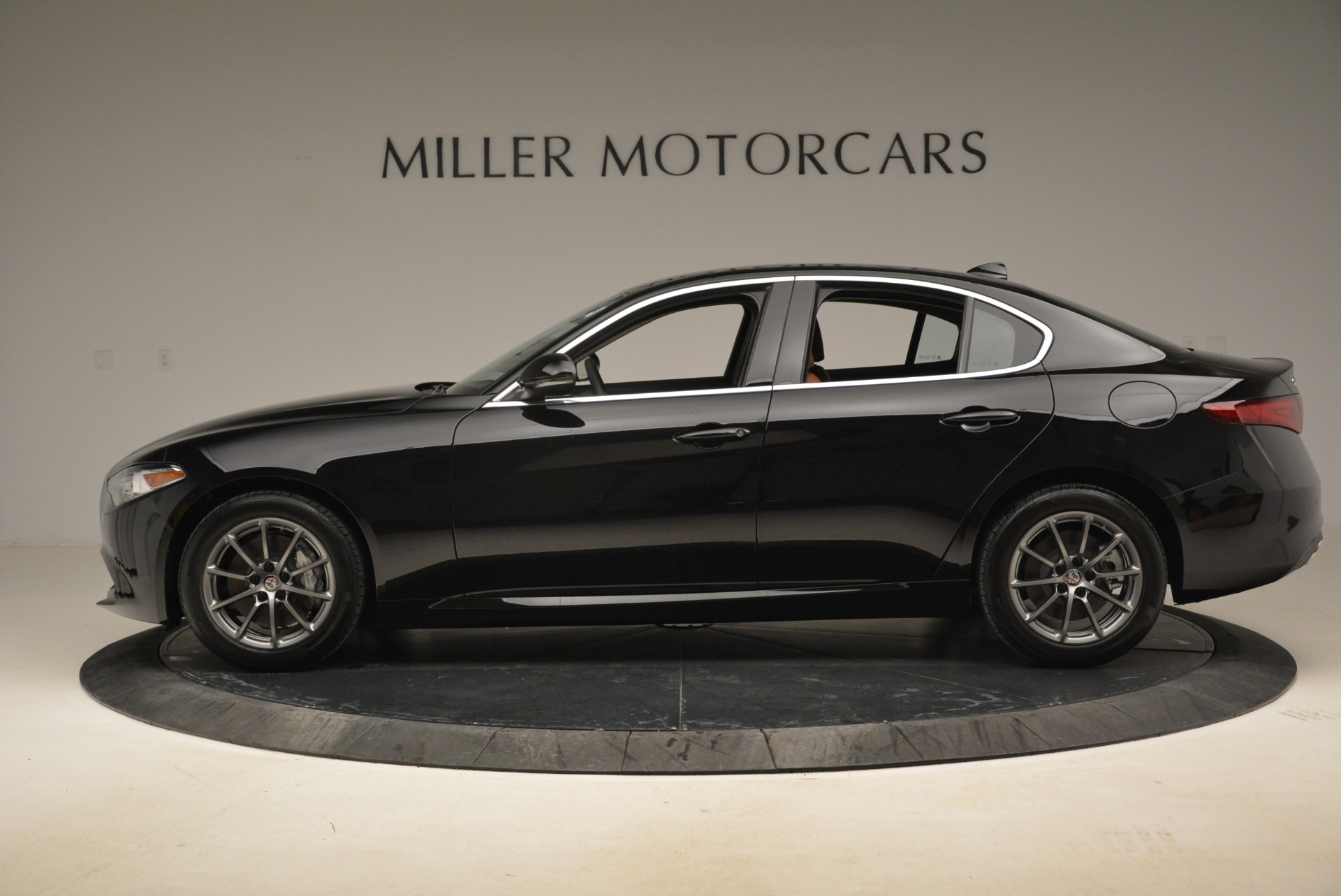 New 2018 Alfa Romeo Giulia Q4 For Sale In Greenwich, CT 2438_p6