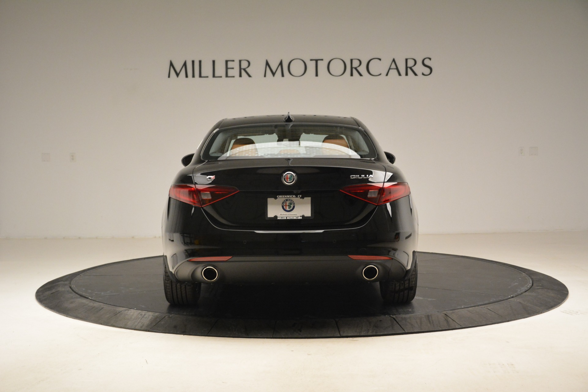 New 2018 Alfa Romeo Giulia Q4 For Sale In Greenwich, CT 2438_p9