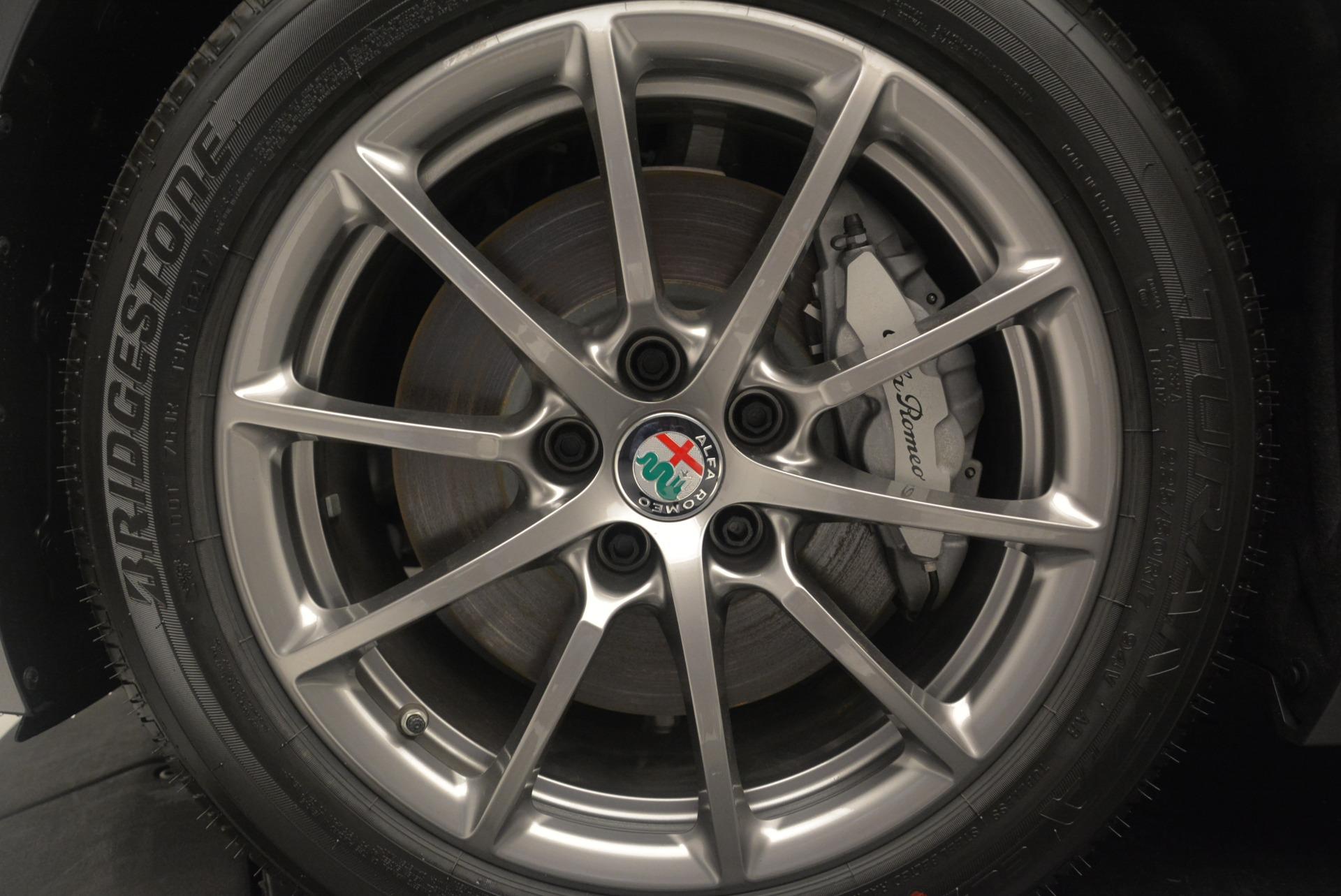 New 2018 Alfa Romeo Giulia Q4 For Sale In Greenwich, CT 2439_p32