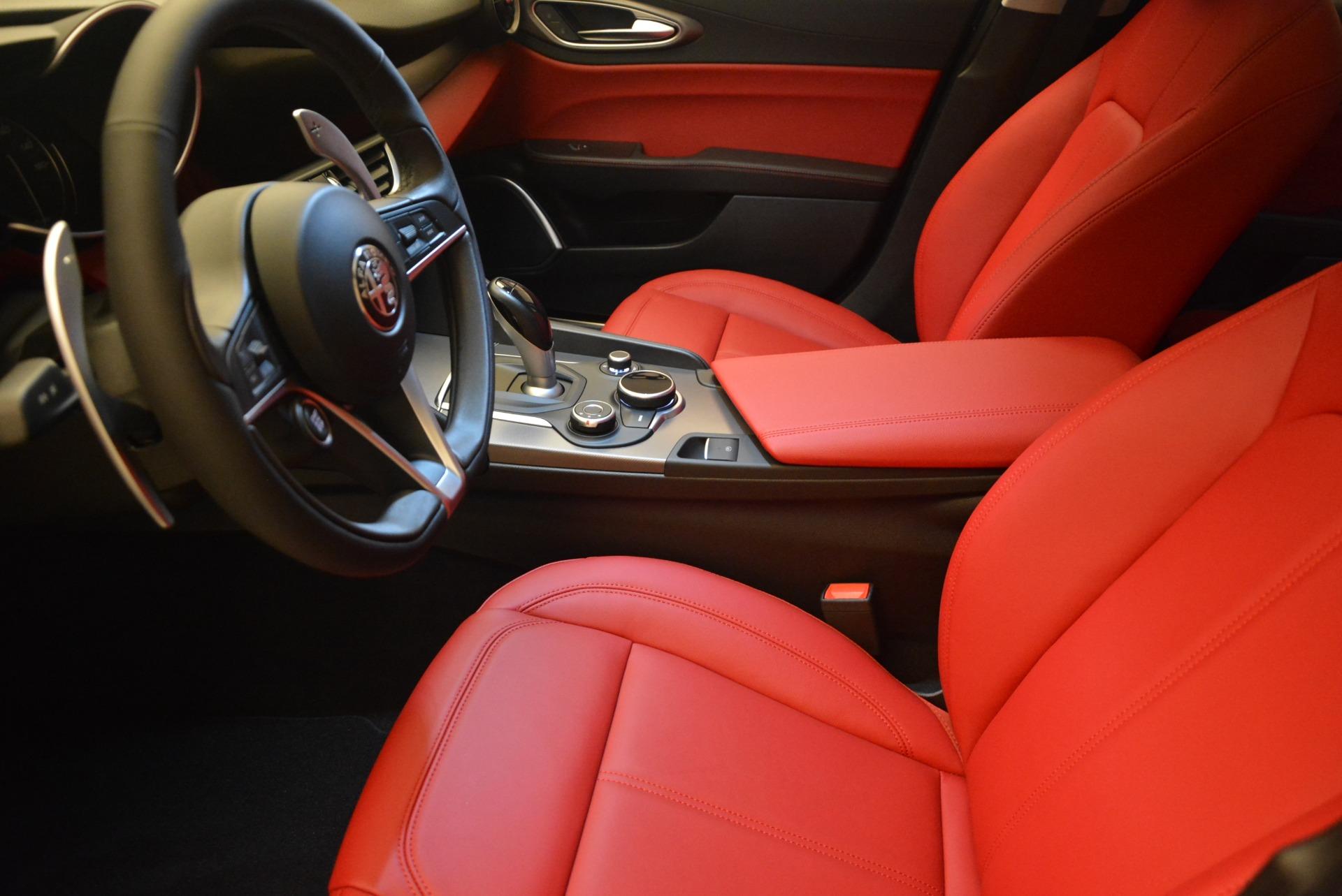 New 2018 Alfa Romeo Giulia Sport Q4 For Sale In Greenwich, CT 2440_p14