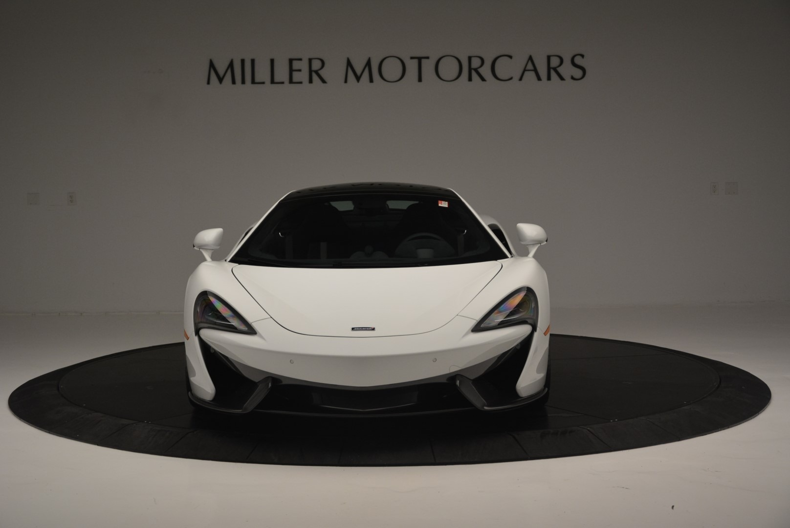Used 2018 McLaren 570GT  For Sale In Greenwich, CT 2442_p12