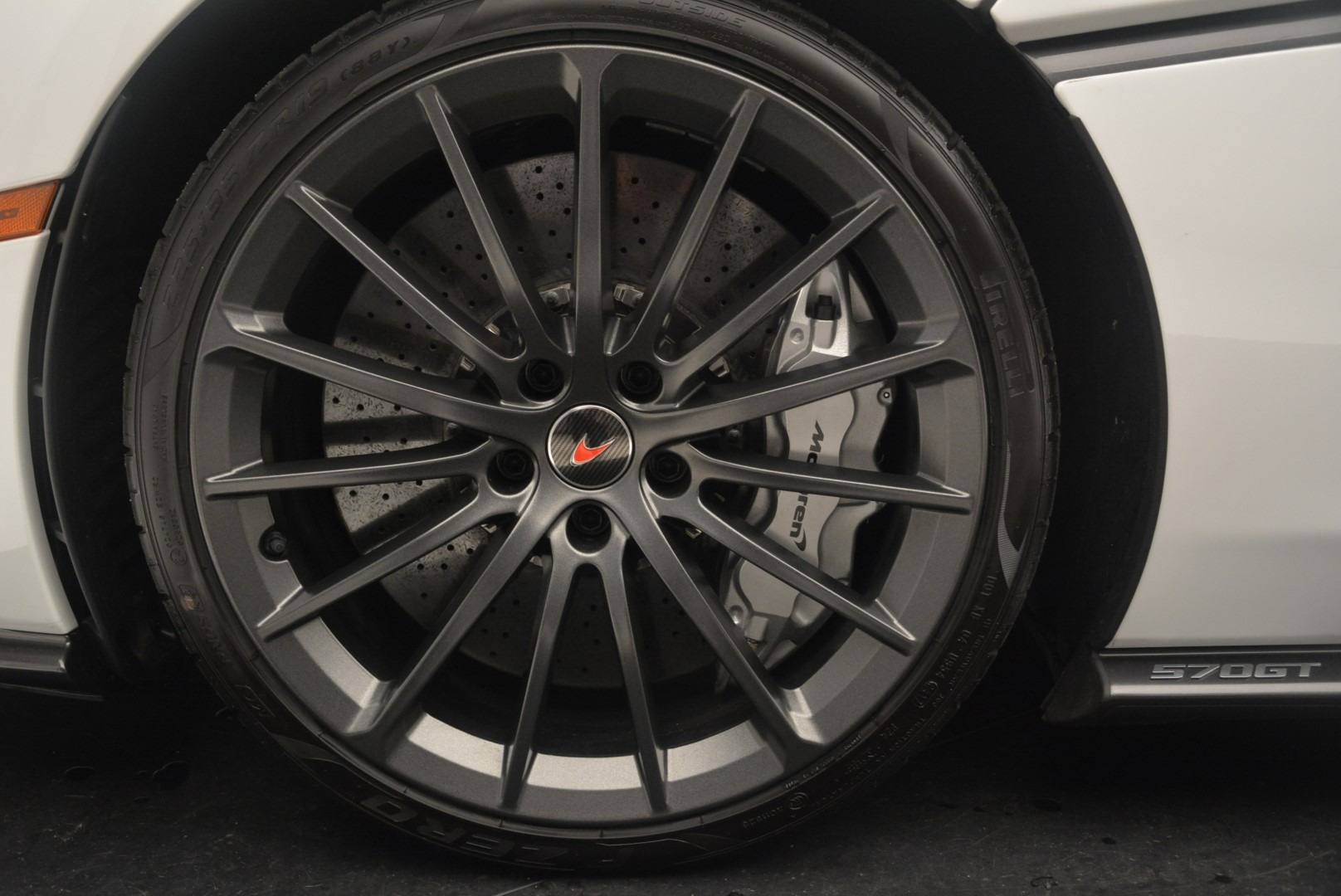 Used 2018 McLaren 570GT  For Sale In Greenwich, CT 2442_p15