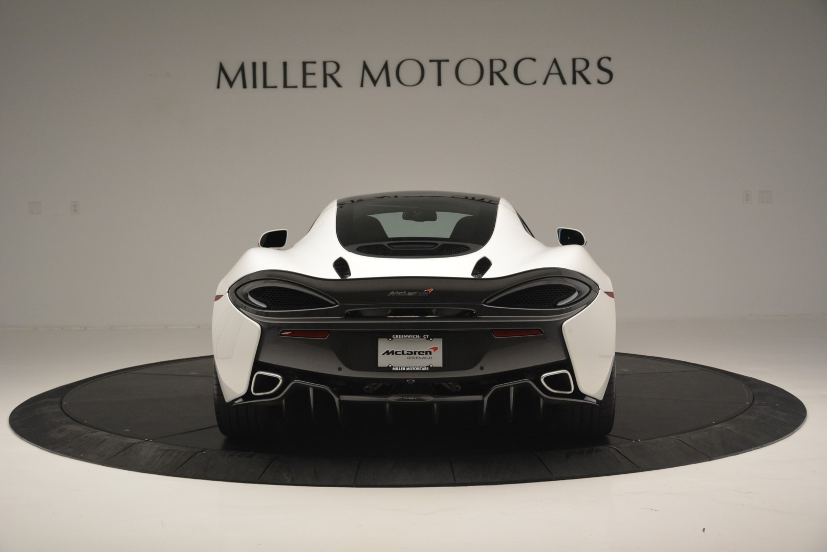 Used 2018 McLaren 570GT  For Sale In Greenwich, CT 2442_p6