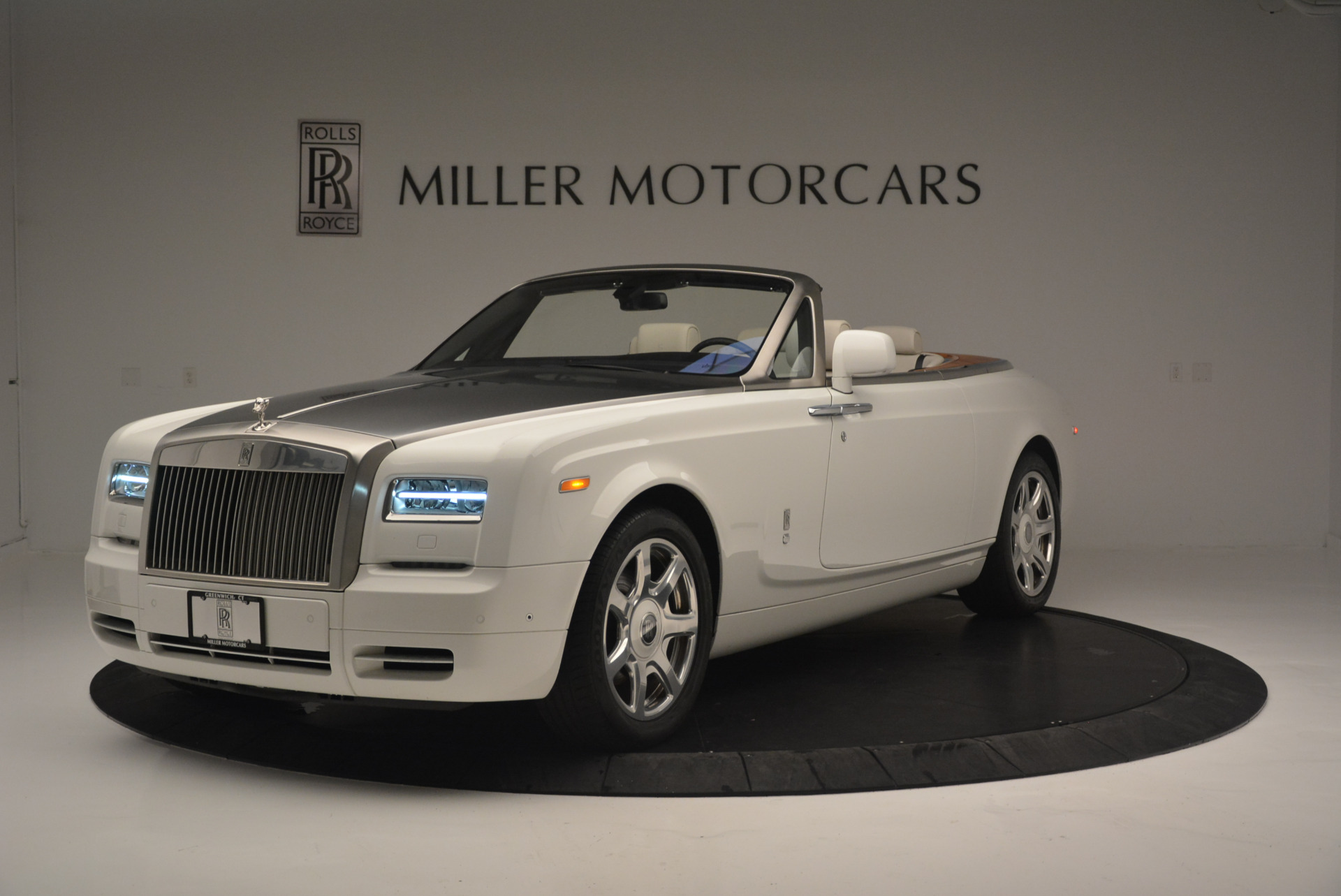 Used 2013 Rolls-Royce Phantom Drophead Coupe  For Sale In Greenwich, CT