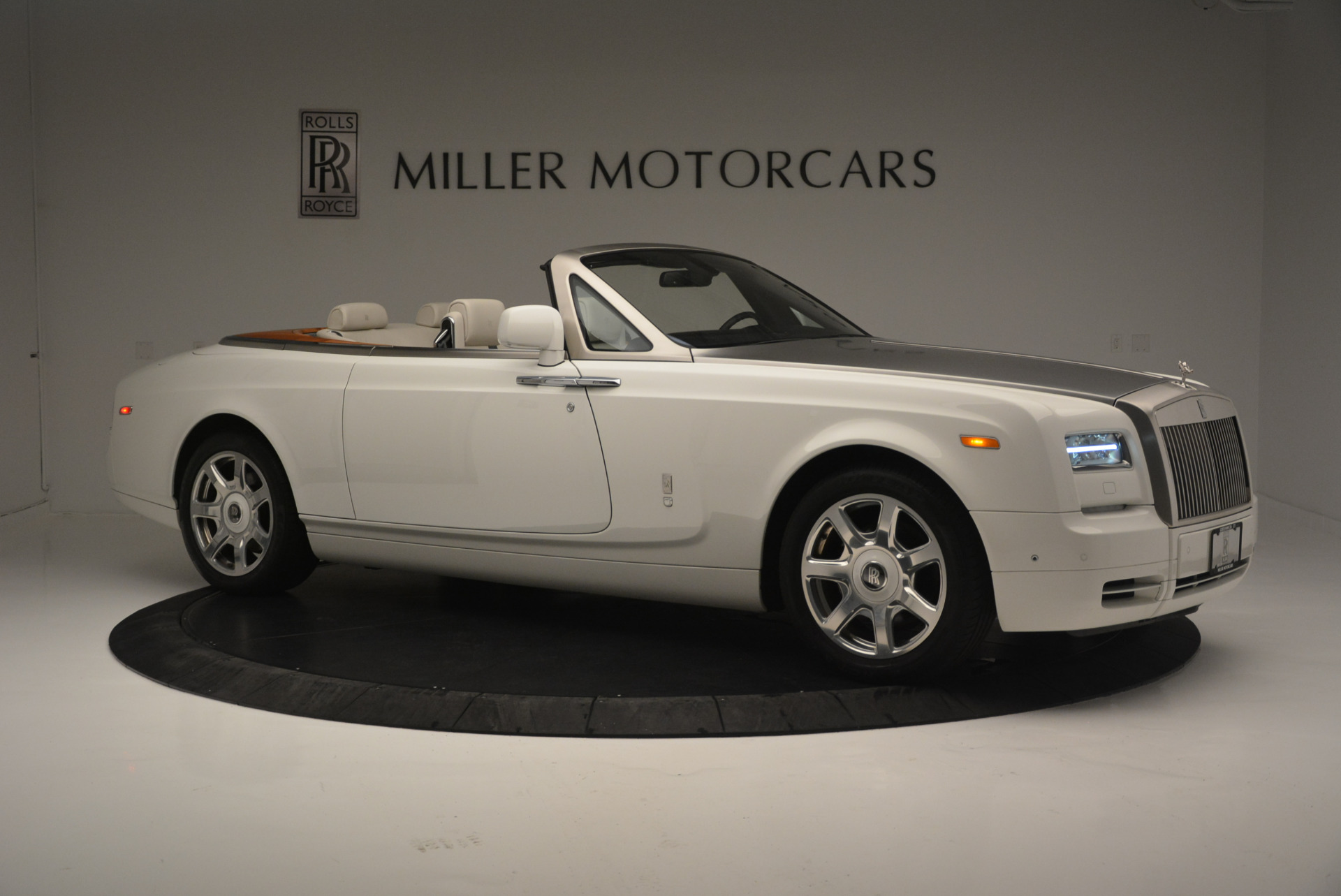 Used 2013 Rolls-Royce Phantom Drophead Coupe  For Sale In Greenwich, CT 2444_p7