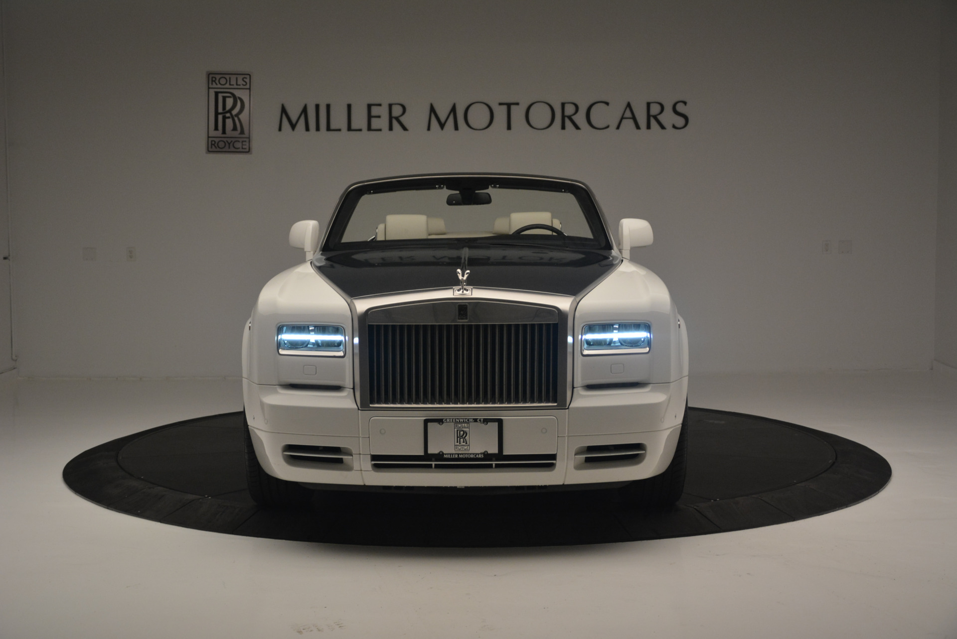 Used 2013 Rolls-Royce Phantom Drophead Coupe  For Sale In Greenwich, CT 2444_p8