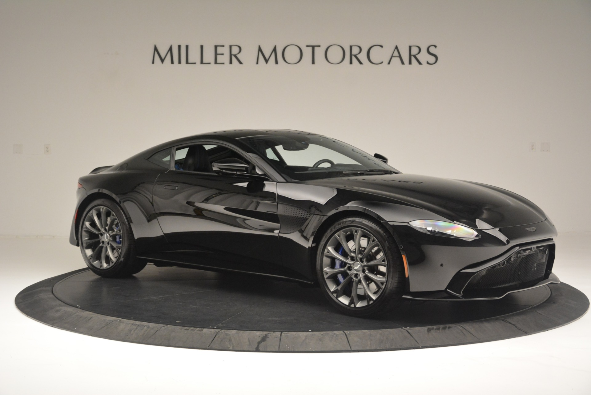 Used 2019 Aston Martin Vantage Coupe For Sale In Greenwich, CT 2445_p10