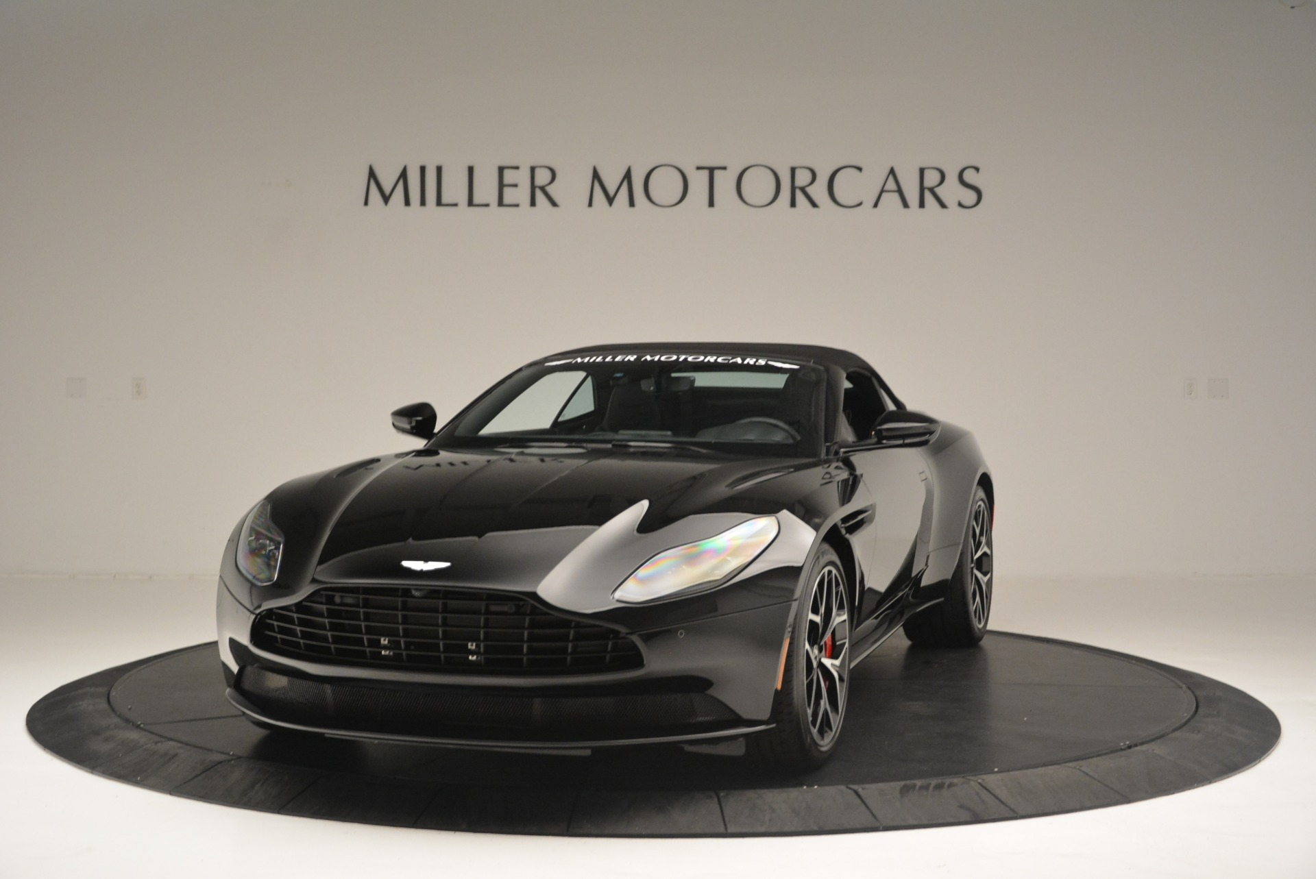 New 2019 Aston Martin DB11 V8 Convertible For Sale In Greenwich, CT 2446_p13