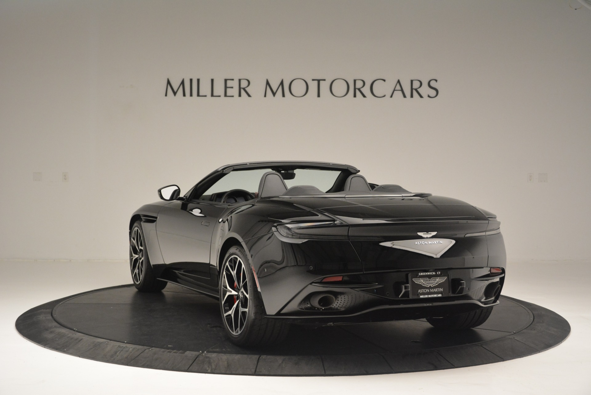 New 2019 Aston Martin DB11 V8 Convertible For Sale In Greenwich, CT 2446_p5