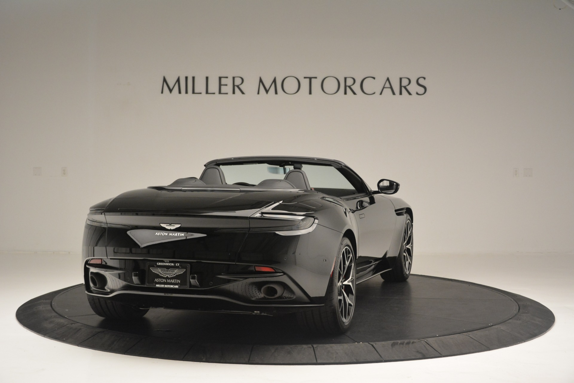 New 2019 Aston Martin DB11 V8 Convertible For Sale In Greenwich, CT 2446_p7
