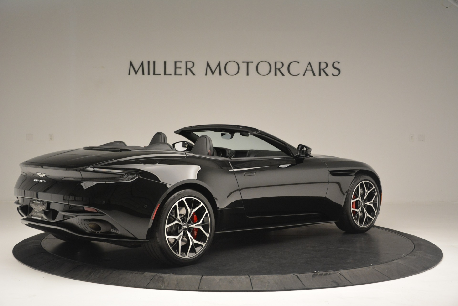 New 2019 Aston Martin DB11 V8 Convertible For Sale In Greenwich, CT 2446_p8