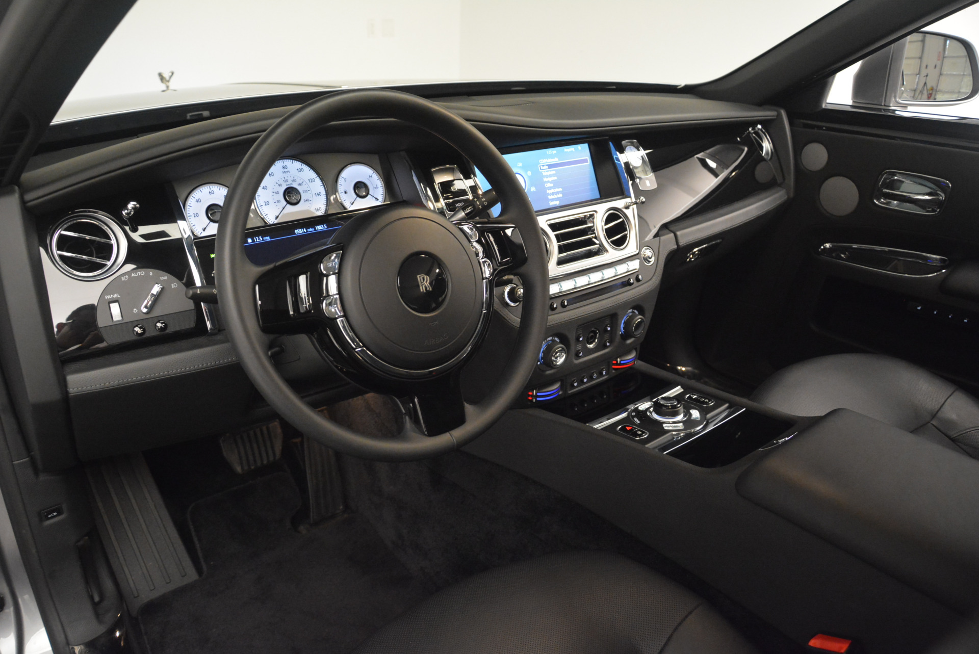 Used 2012 Rolls-Royce Ghost  For Sale In Greenwich, CT 2447_p14