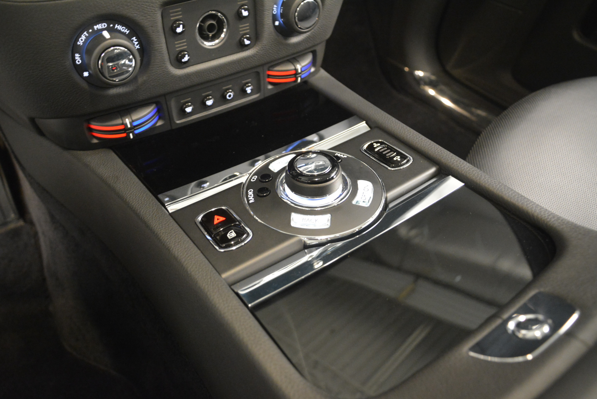 Used 2012 Rolls-Royce Ghost  For Sale In Greenwich, CT 2447_p16