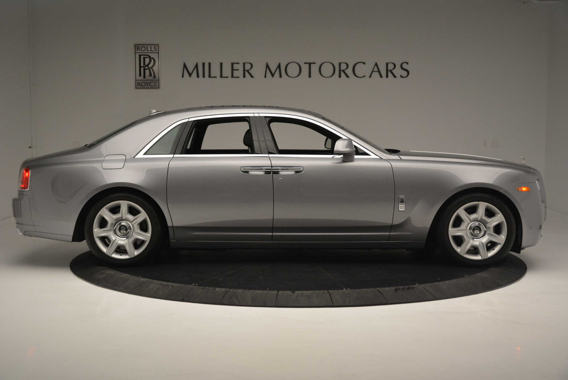 Used 2012 Rolls-Royce Ghost  For Sale In Greenwich, CT 2447_p8