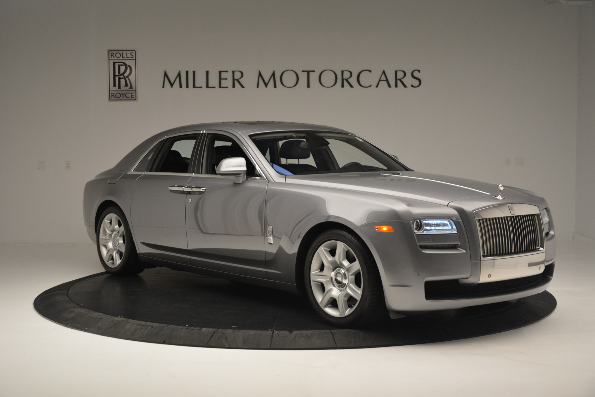 Used 2012 Rolls-Royce Ghost  For Sale In Greenwich, CT 2447_p9