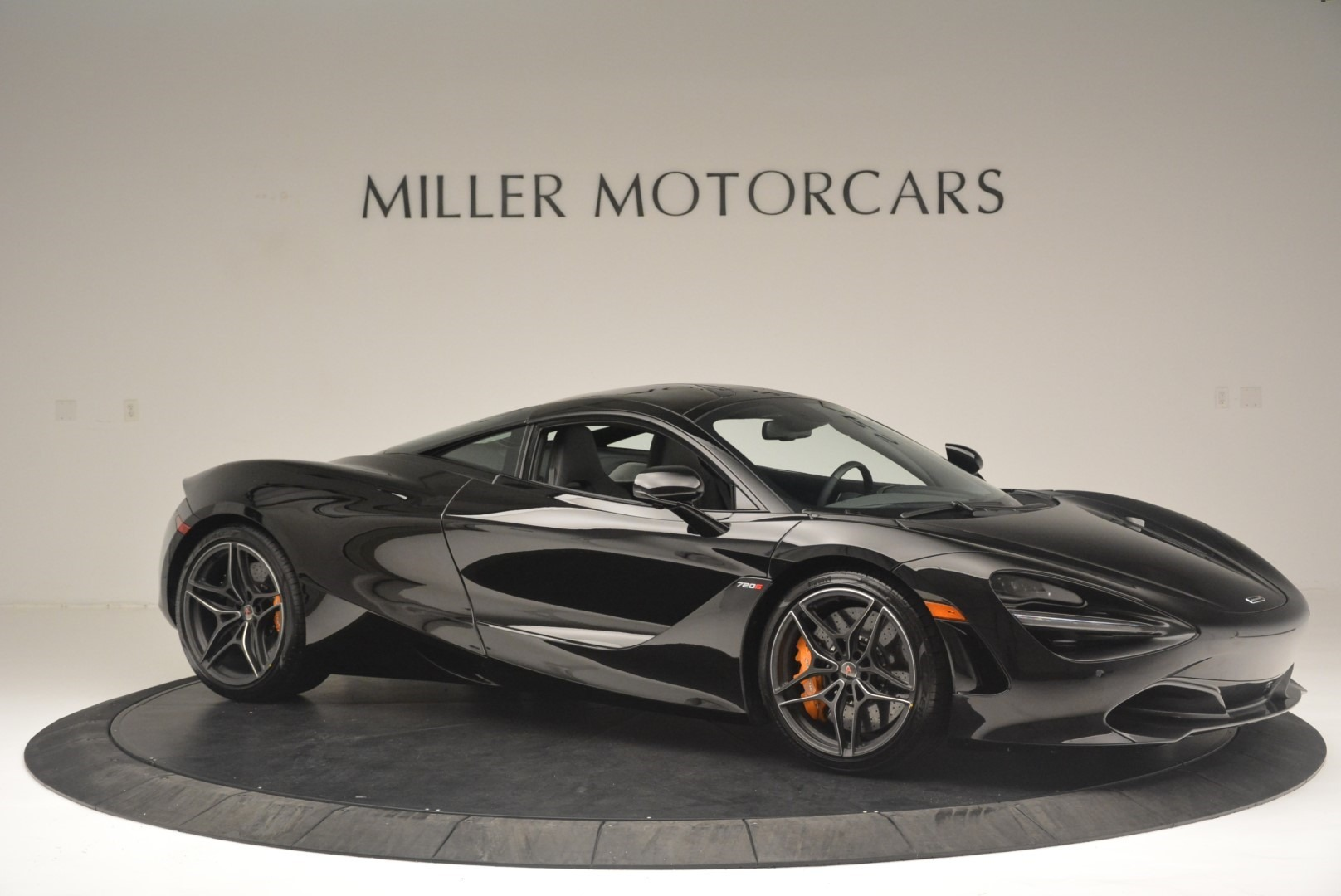 Used 2018 McLaren 720S Coupe For Sale In Greenwich, CT 2449_p10