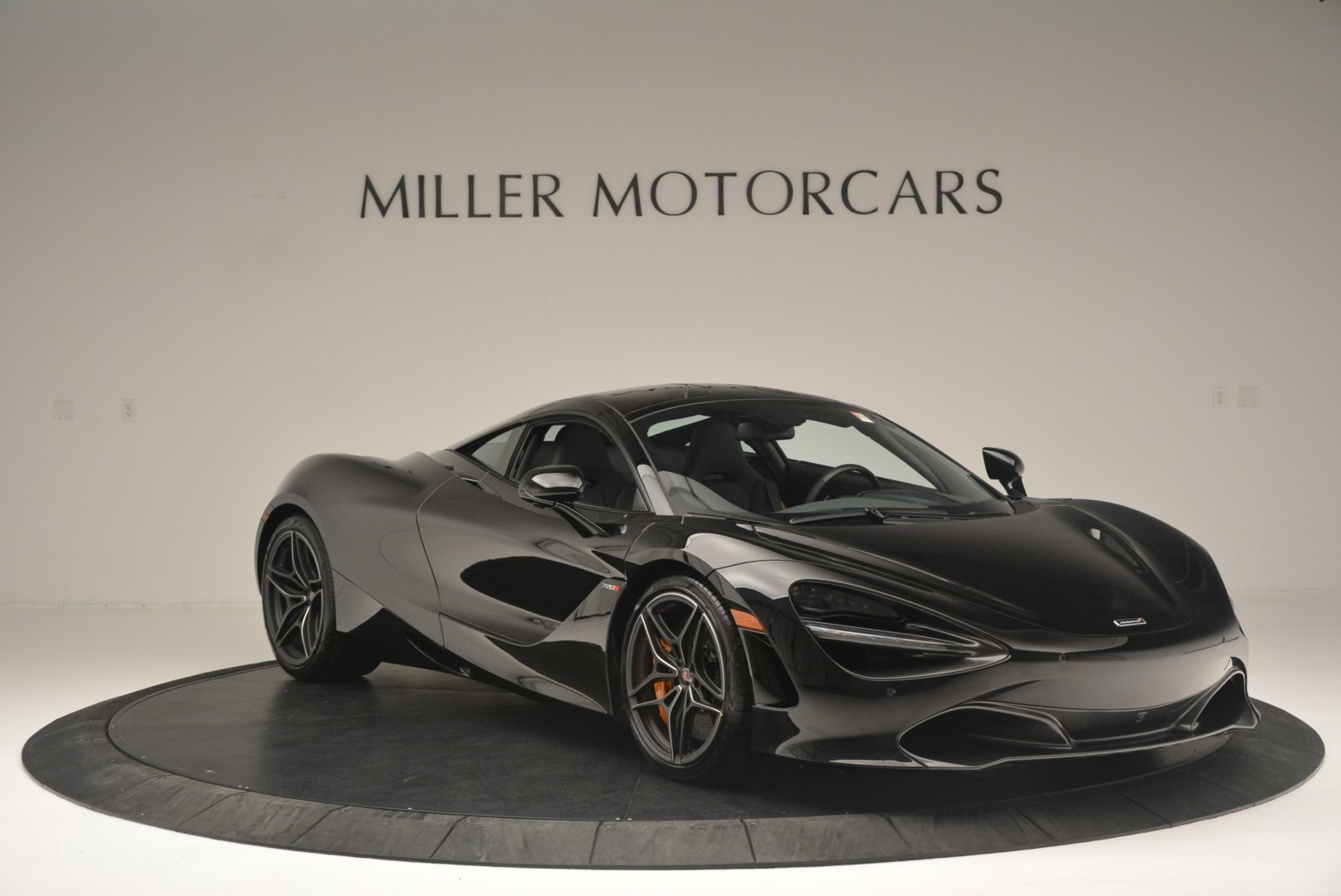 Used 2018 McLaren 720S Coupe For Sale In Greenwich, CT 2449_p11