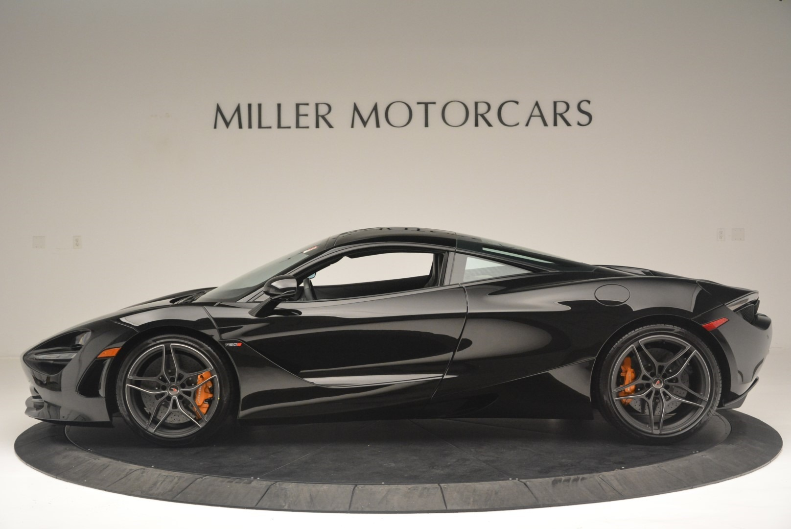 Used 2018 McLaren 720S Coupe For Sale In Greenwich, CT 2449_p3