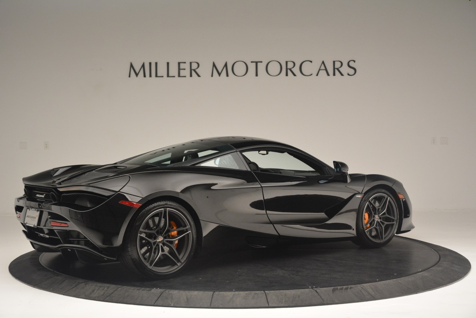 Used 2018 McLaren 720S Coupe For Sale In Greenwich, CT 2449_p8