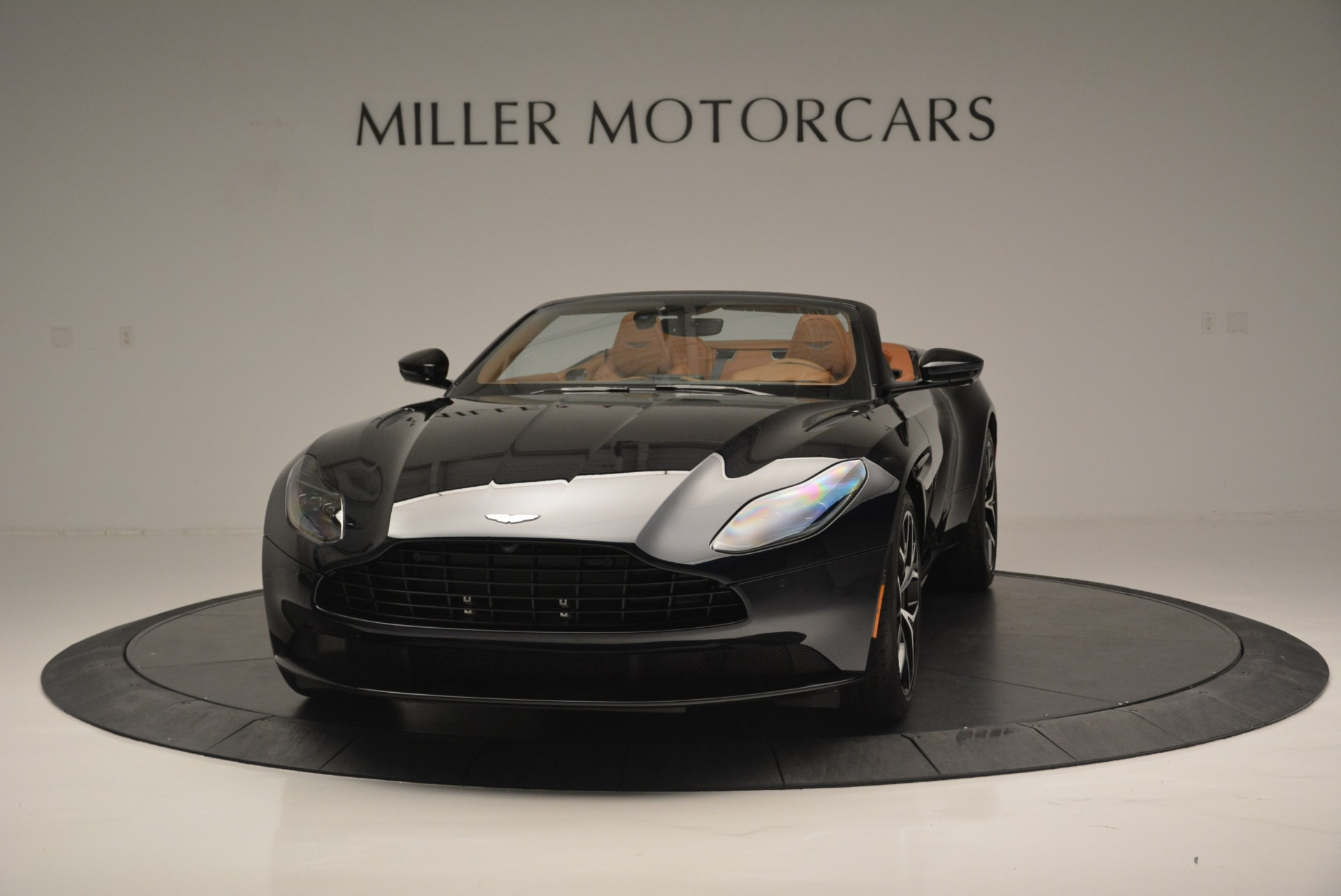 New 2019 Aston Martin DB11 Volante Volante For Sale In Greenwich, CT 2450_main
