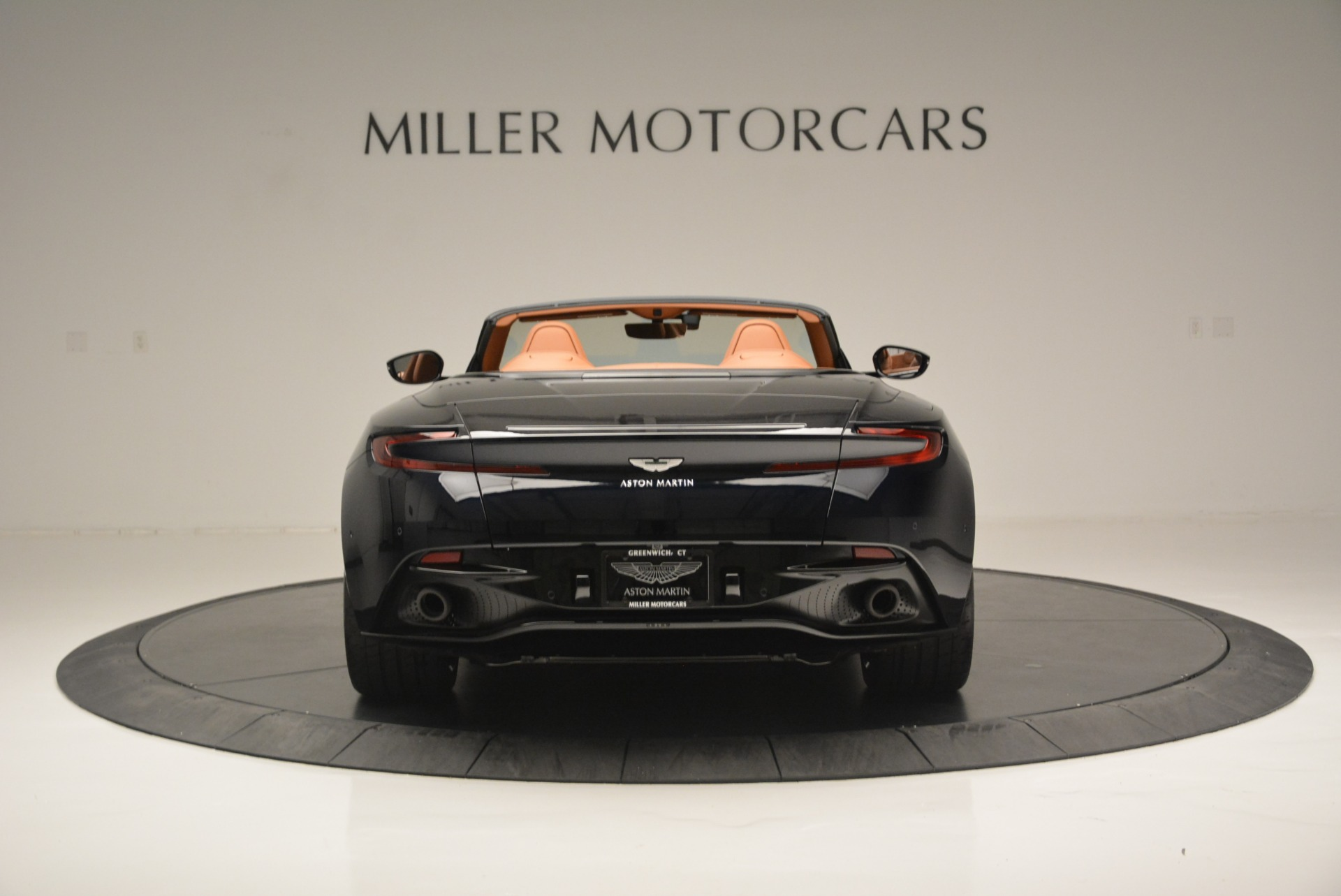 New 2019 Aston Martin DB11 Volante Volante For Sale In Greenwich, CT 2450_p6