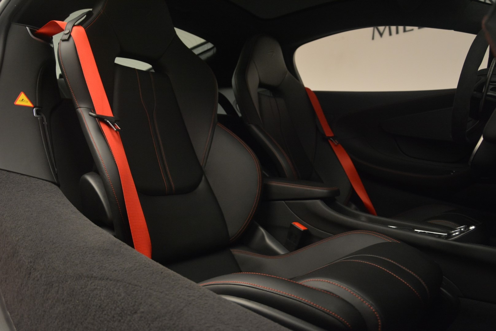 Used 2018 McLaren 570GT  For Sale In Greenwich, CT 2462_p23