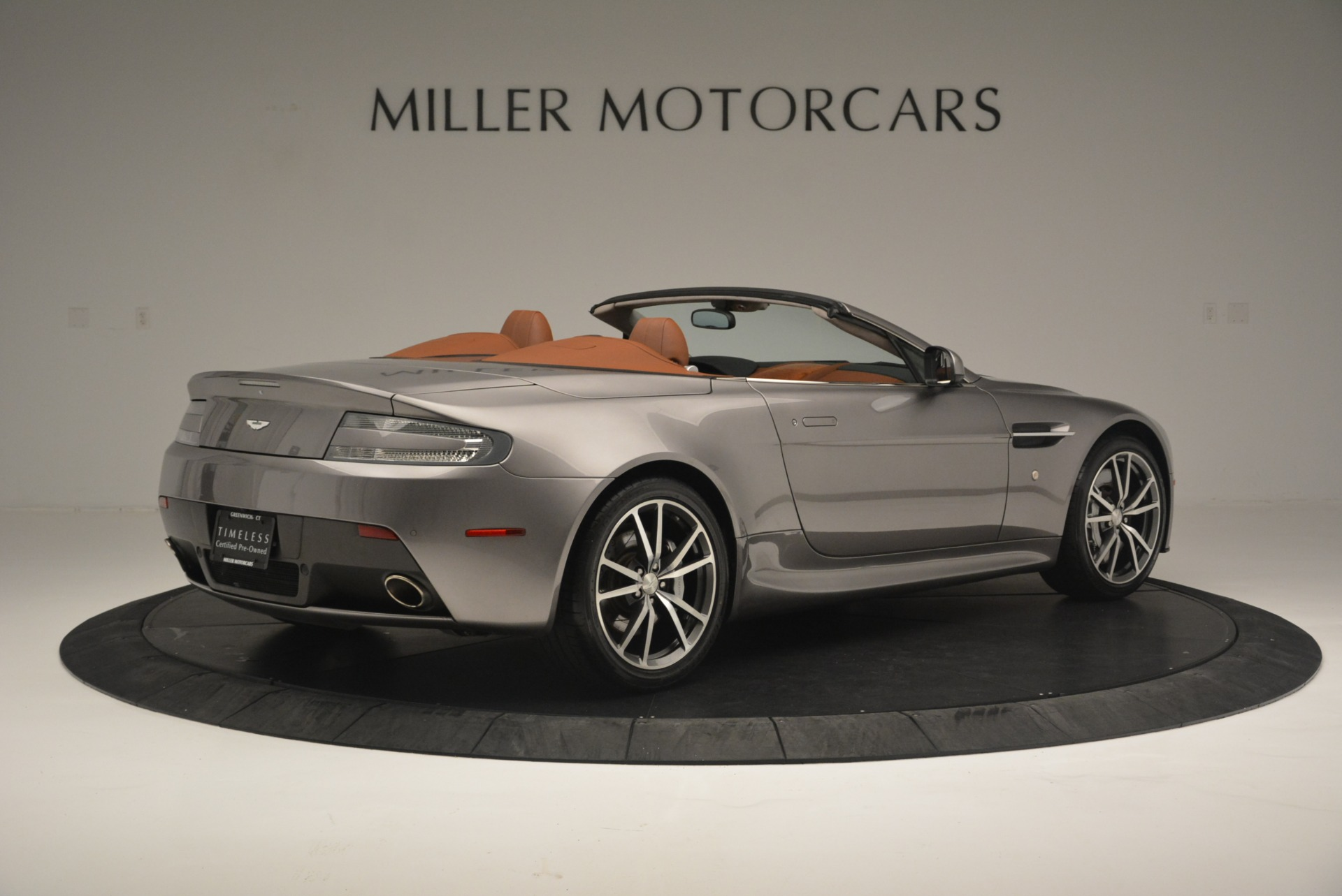 Used 2015 Aston Martin V8 Vantage Roadster For Sale In Greenwich, CT 2463_p8