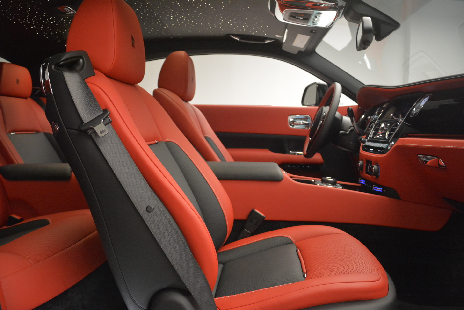 New 2018 Rolls-Royce Wraith Black Badge For Sale In Greenwich, CT 2472_p22