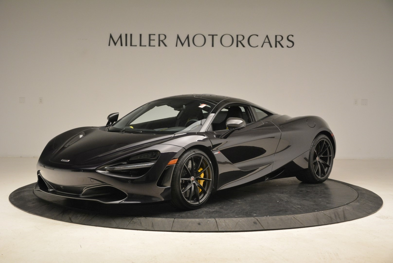 Used 2018 McLaren 720S Coupe For Sale In Greenwich, CT 2474_main