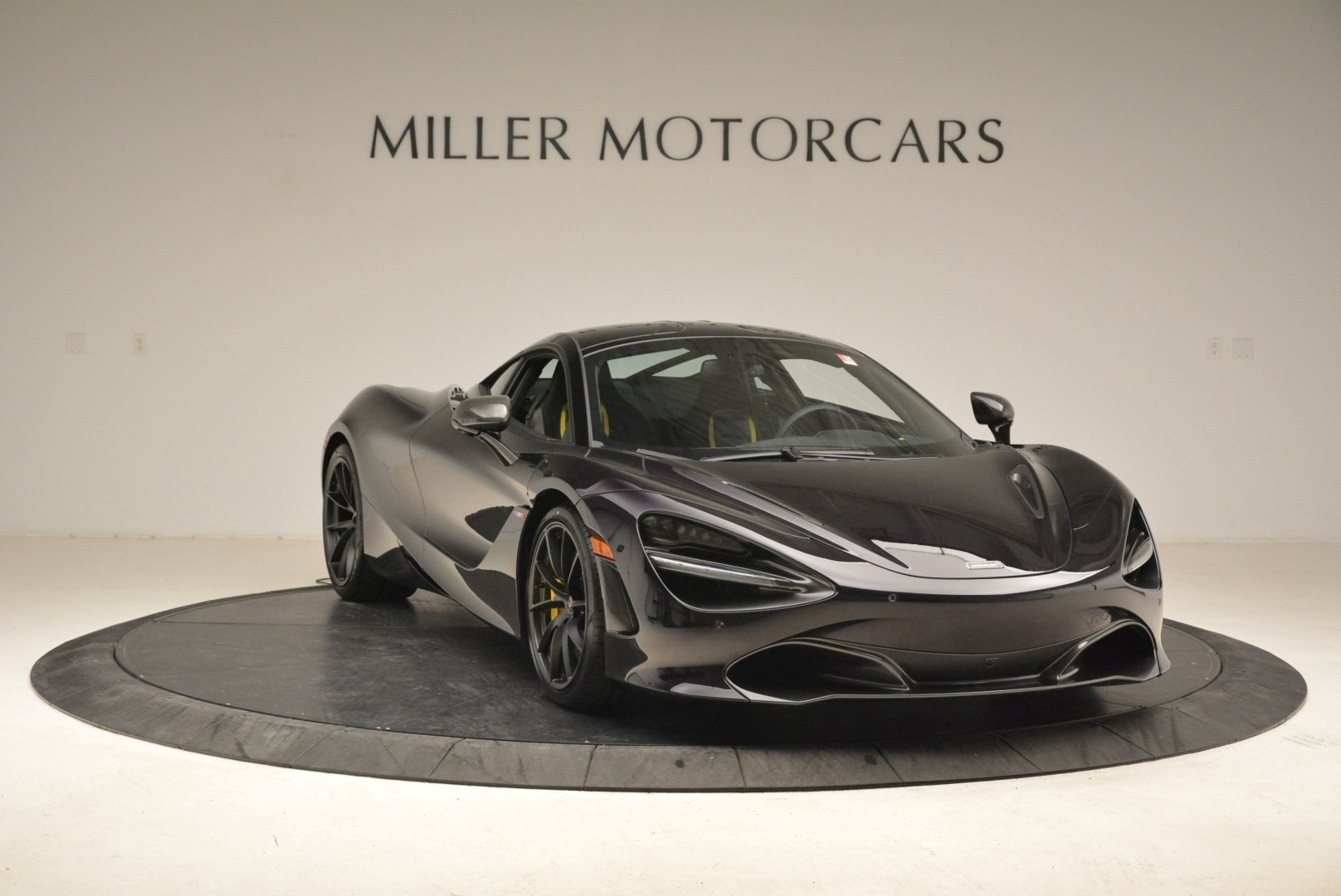 Used 2018 McLaren 720S Coupe For Sale In Greenwich, CT 2474_p11