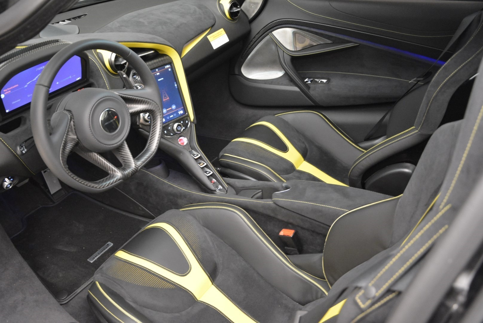 Used 2018 McLaren 720S Coupe For Sale In Greenwich, CT 2474_p15