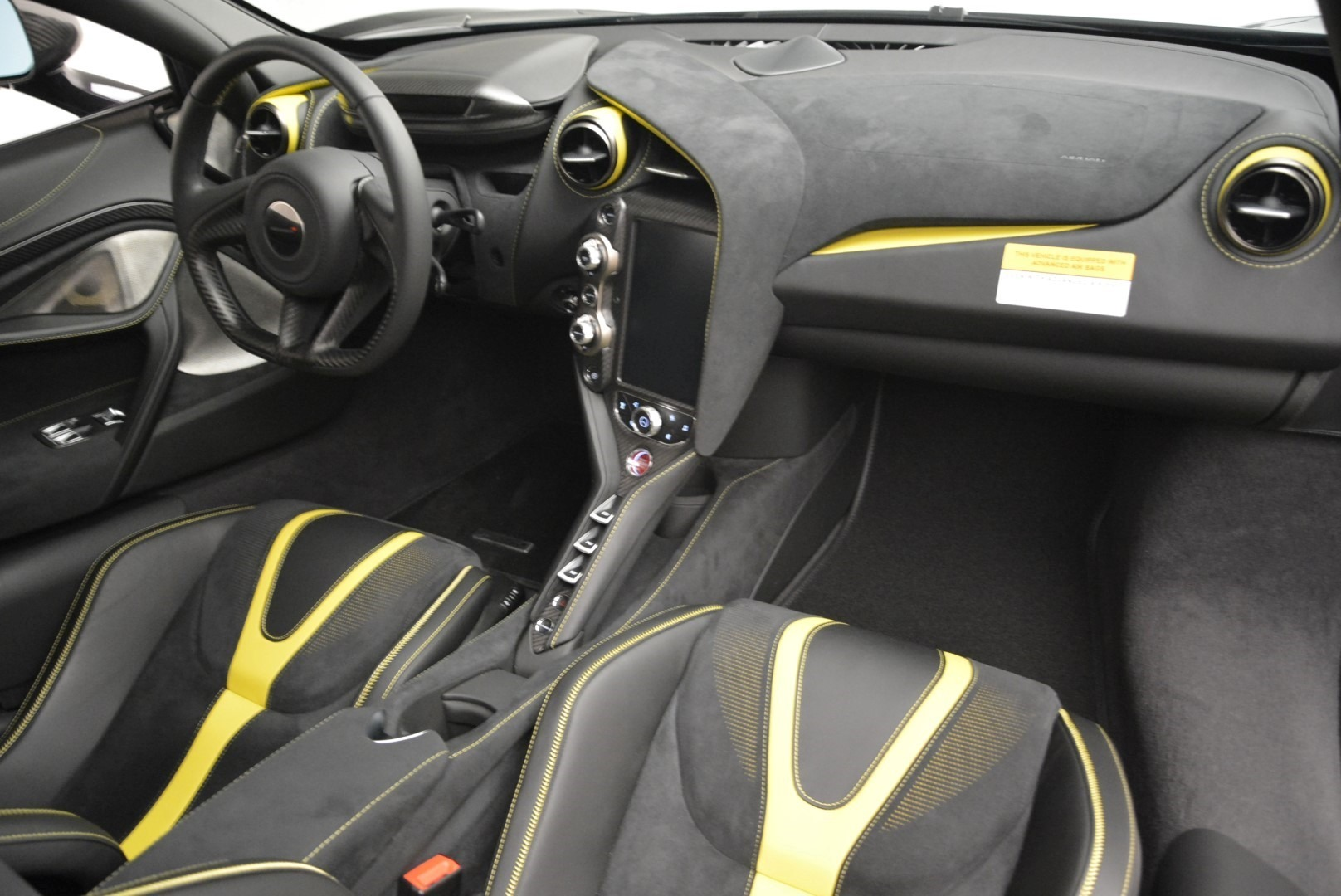 Used 2018 McLaren 720S Coupe For Sale In Greenwich, CT 2474_p18
