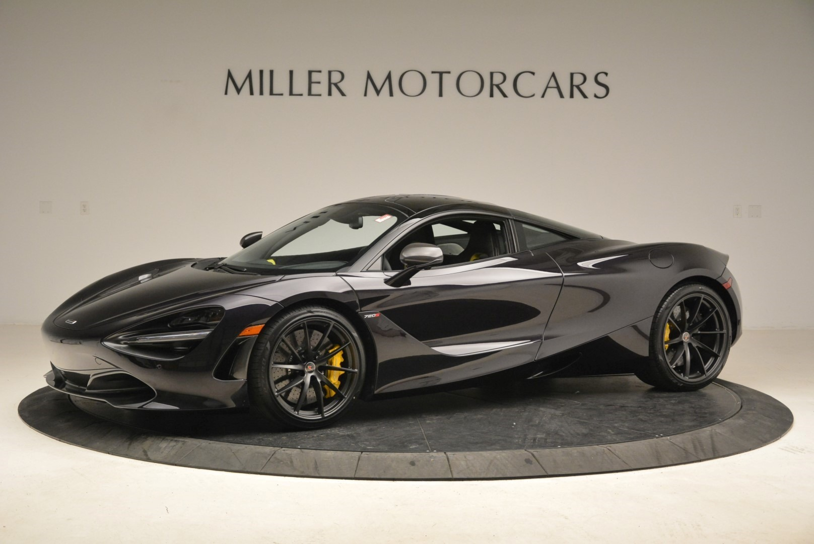 Used 2018 McLaren 720S Coupe For Sale In Greenwich, CT 2474_p2