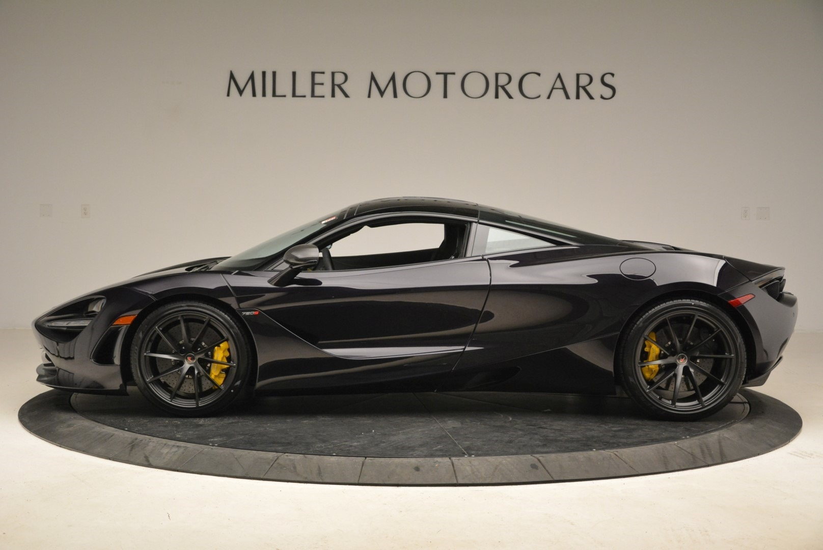 Used 2018 McLaren 720S Coupe For Sale In Greenwich, CT 2474_p3
