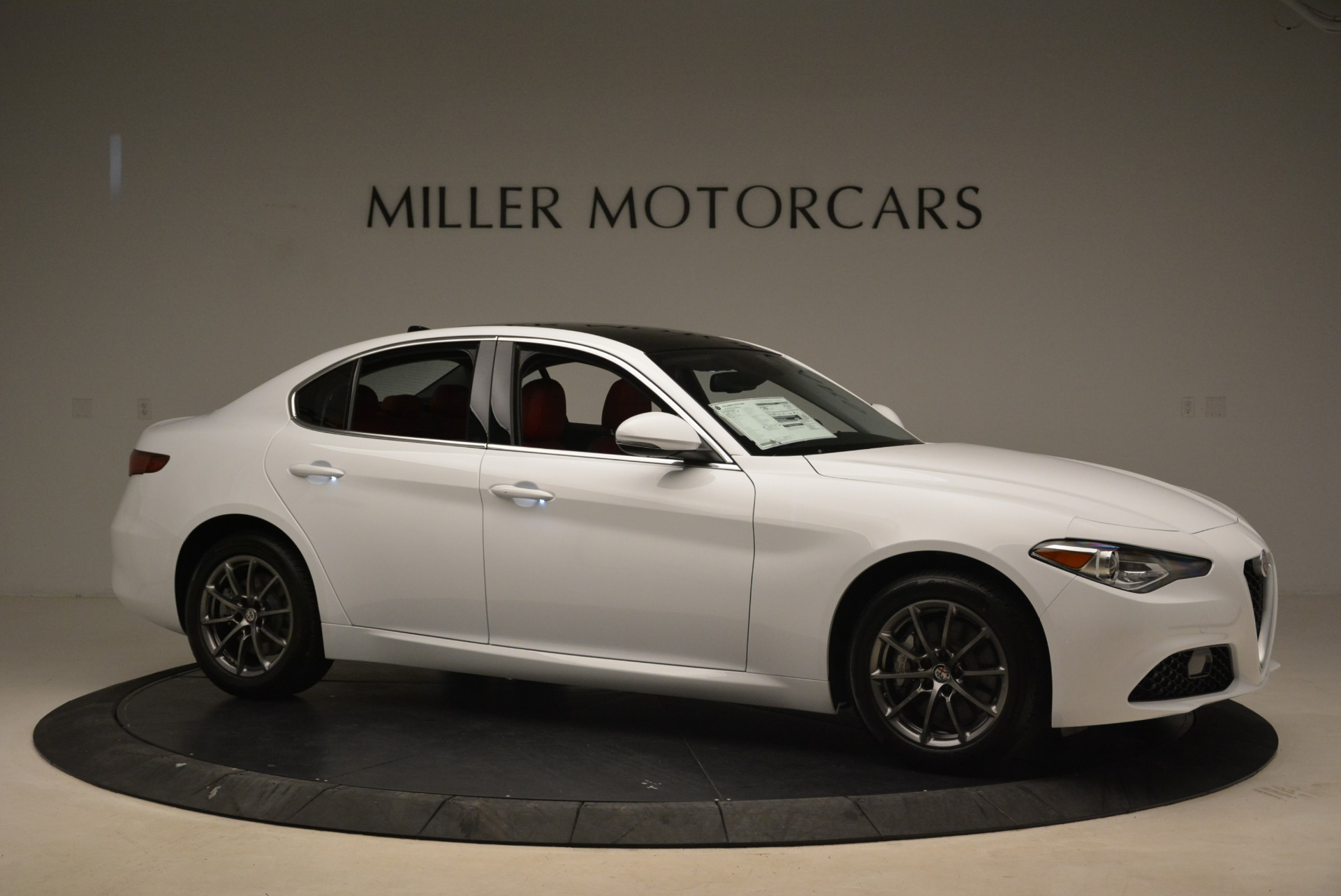 New 2018 Alfa Romeo Giulia Q4 For Sale In Greenwich, CT 2475_p10