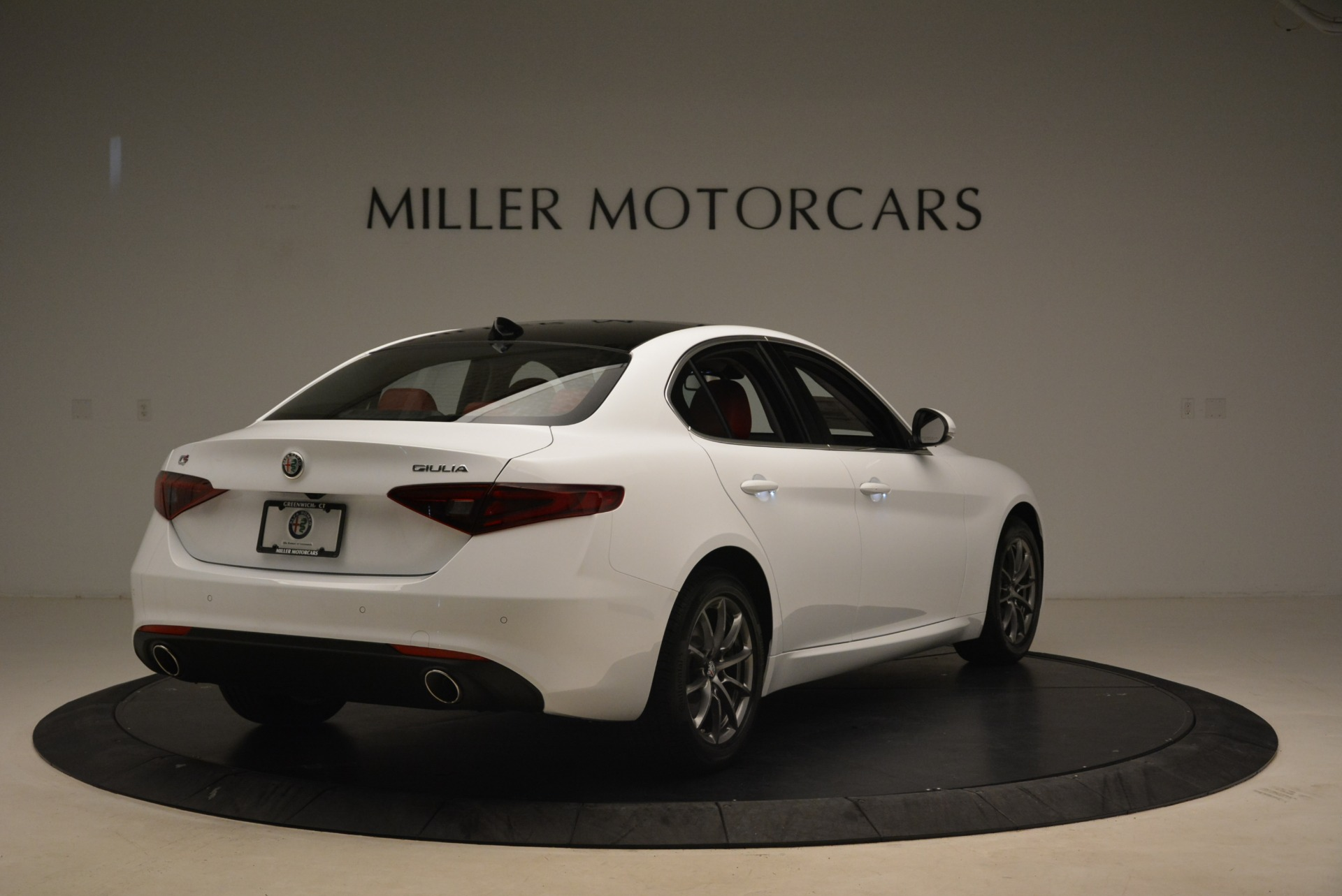 New 2018 Alfa Romeo Giulia Q4 For Sale In Greenwich, CT 2475_p7