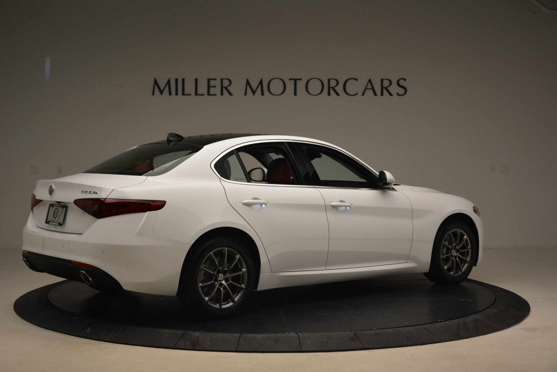 New 2018 Alfa Romeo Giulia Q4 For Sale In Greenwich, CT 2475_p8