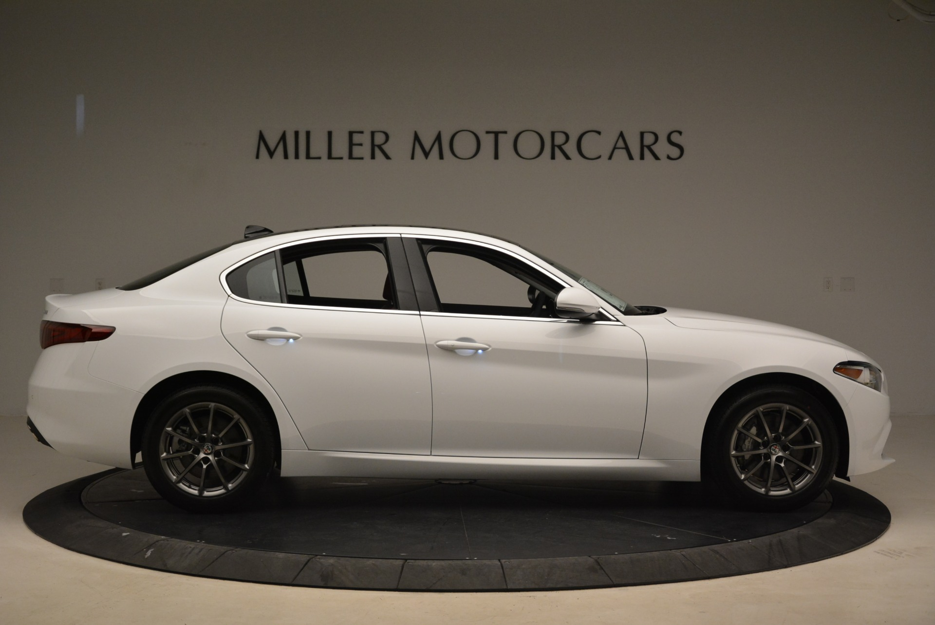 New 2018 Alfa Romeo Giulia Q4 For Sale In Greenwich, CT 2475_p9