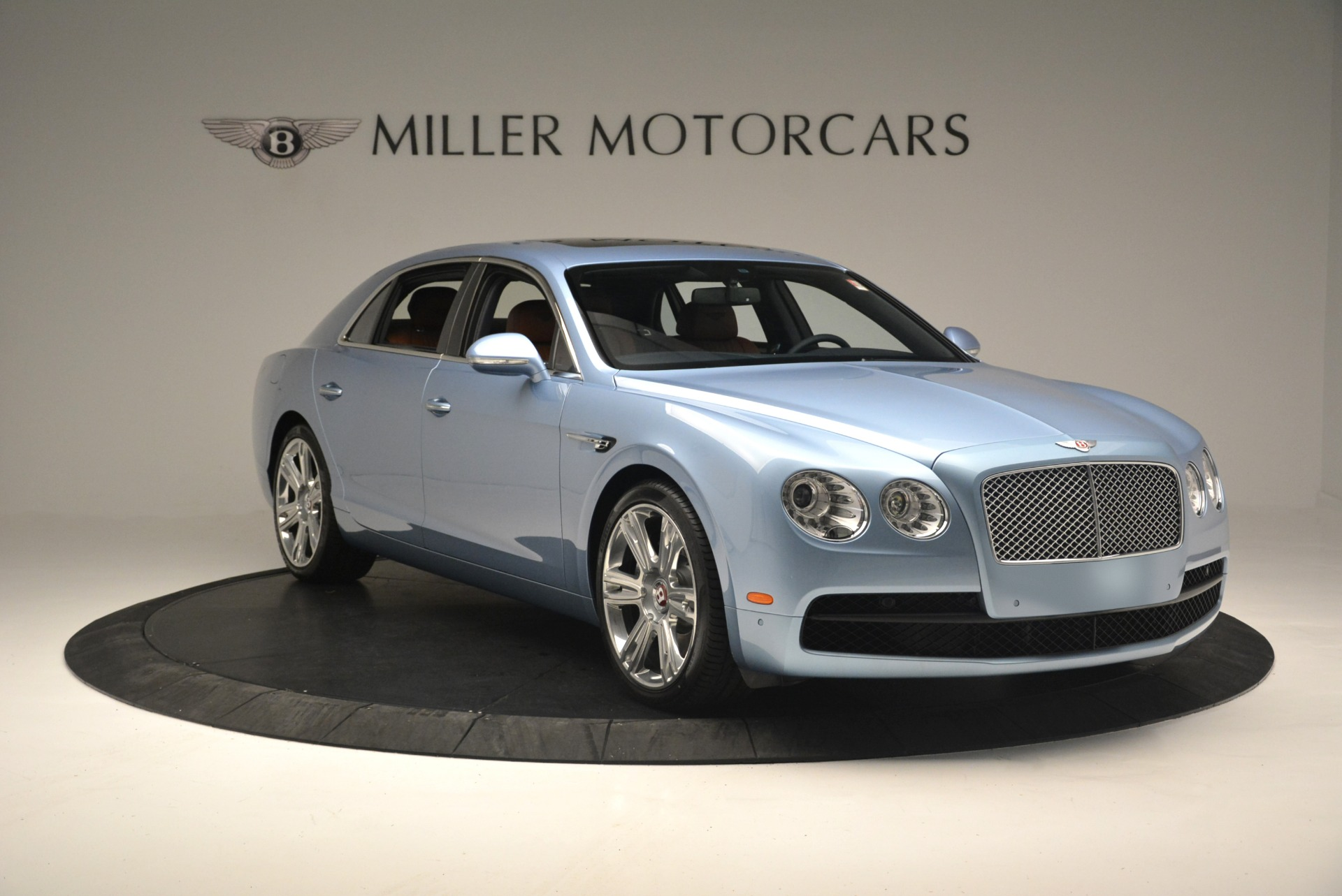 New 2018 Bentley Flying Spur V8 For Sale In Greenwich, CT 2484_p11