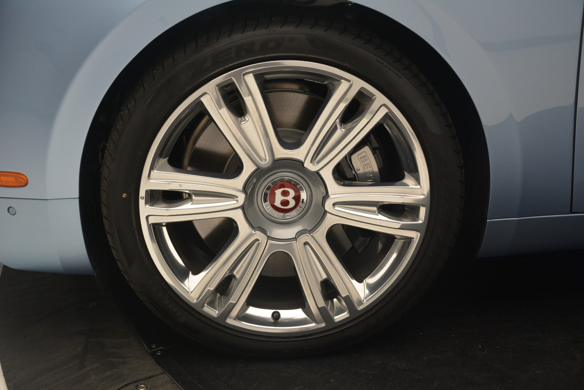 New 2018 Bentley Flying Spur V8 For Sale In Greenwich, CT 2484_p13