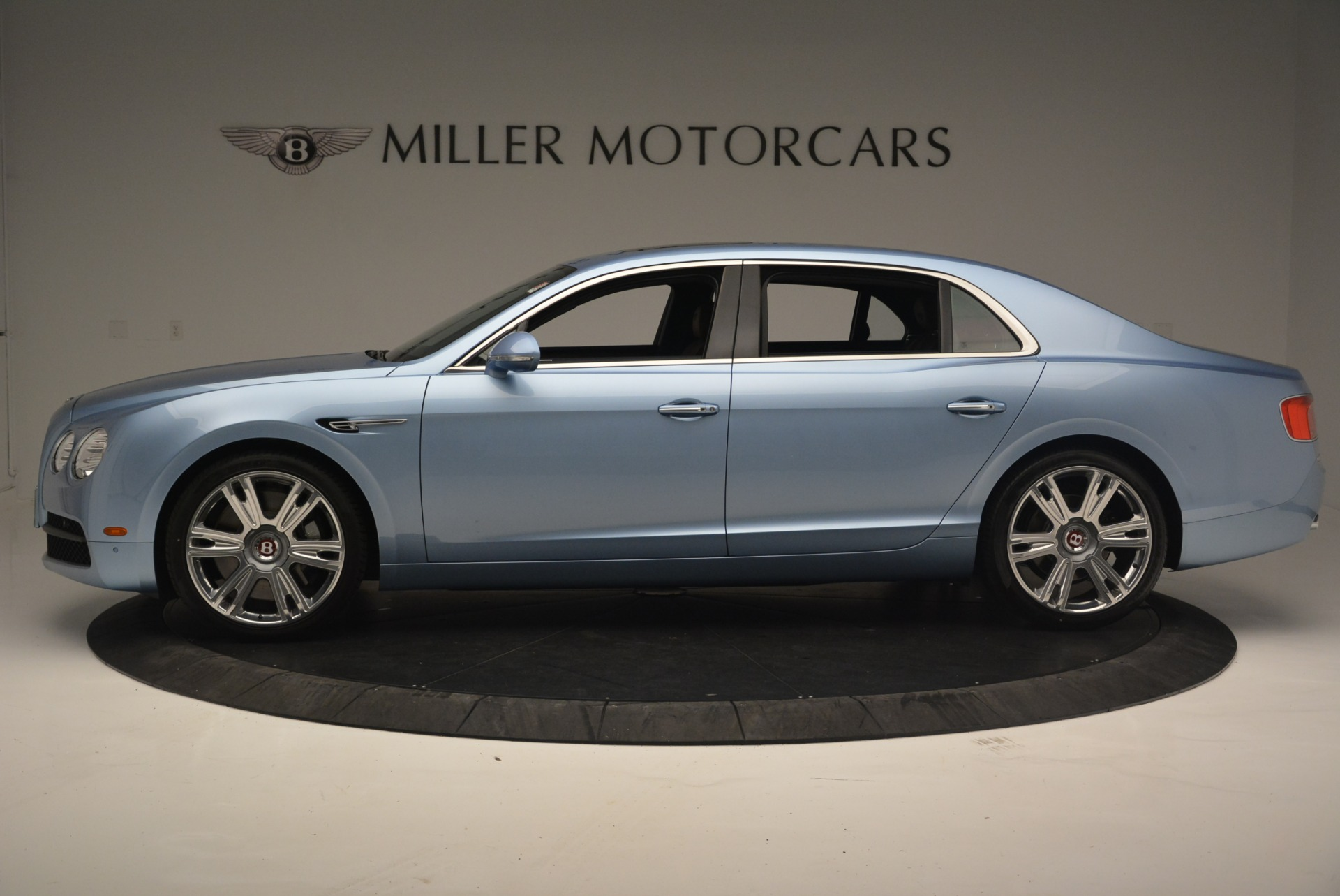 New 2018 Bentley Flying Spur V8 For Sale In Greenwich, CT 2484_p3